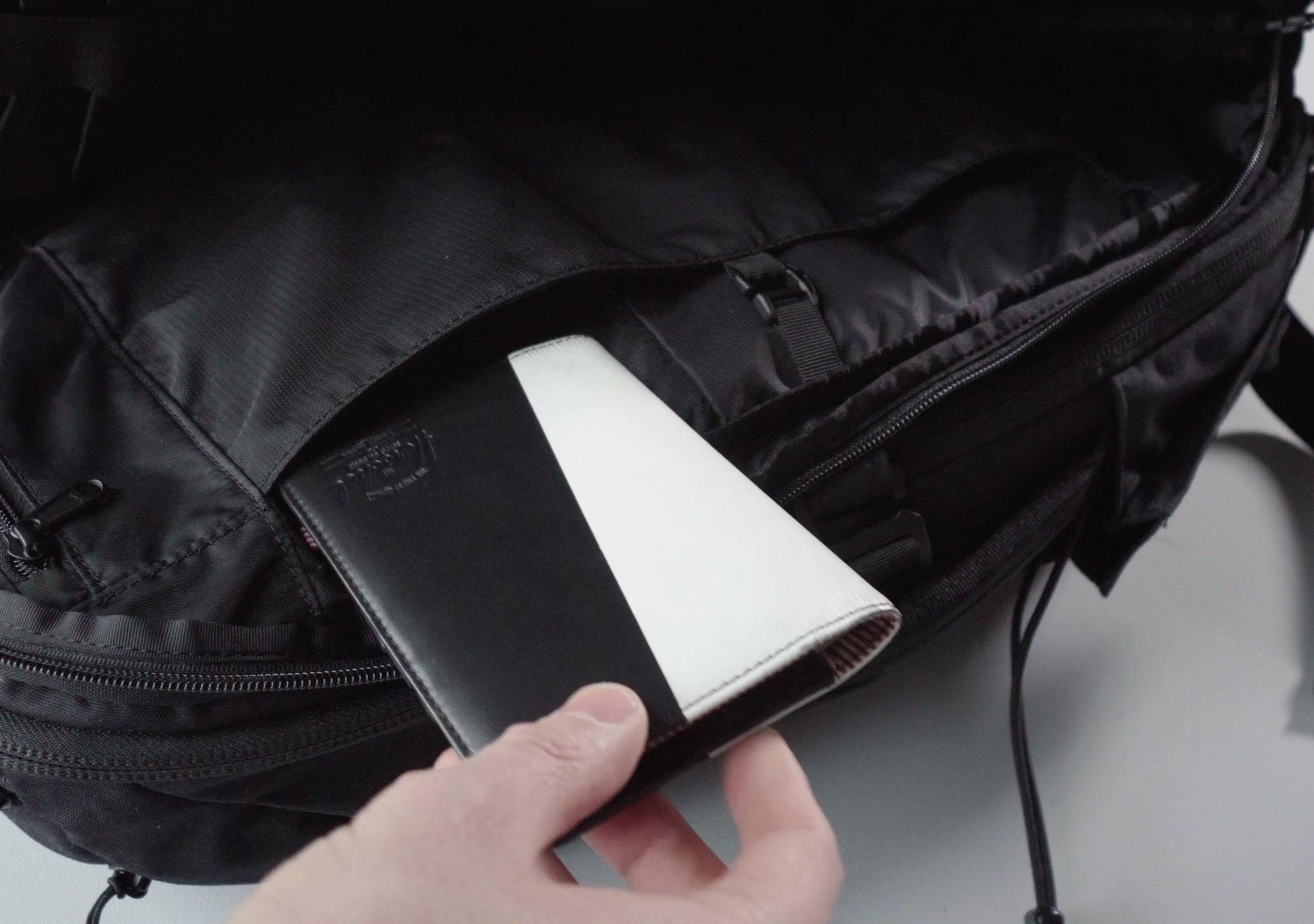 Minaal Carry-on 2.0 Passport Pocket