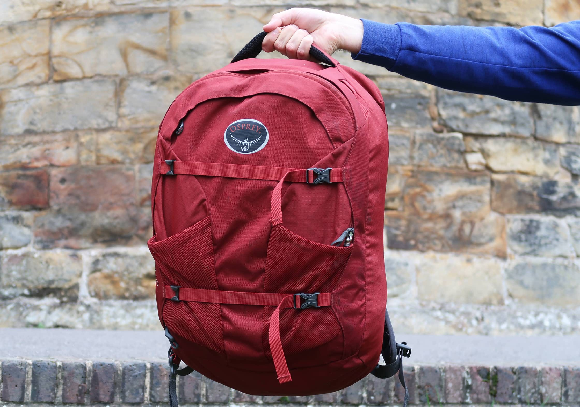 Osprey Farpoint 40 Held By Top Handle