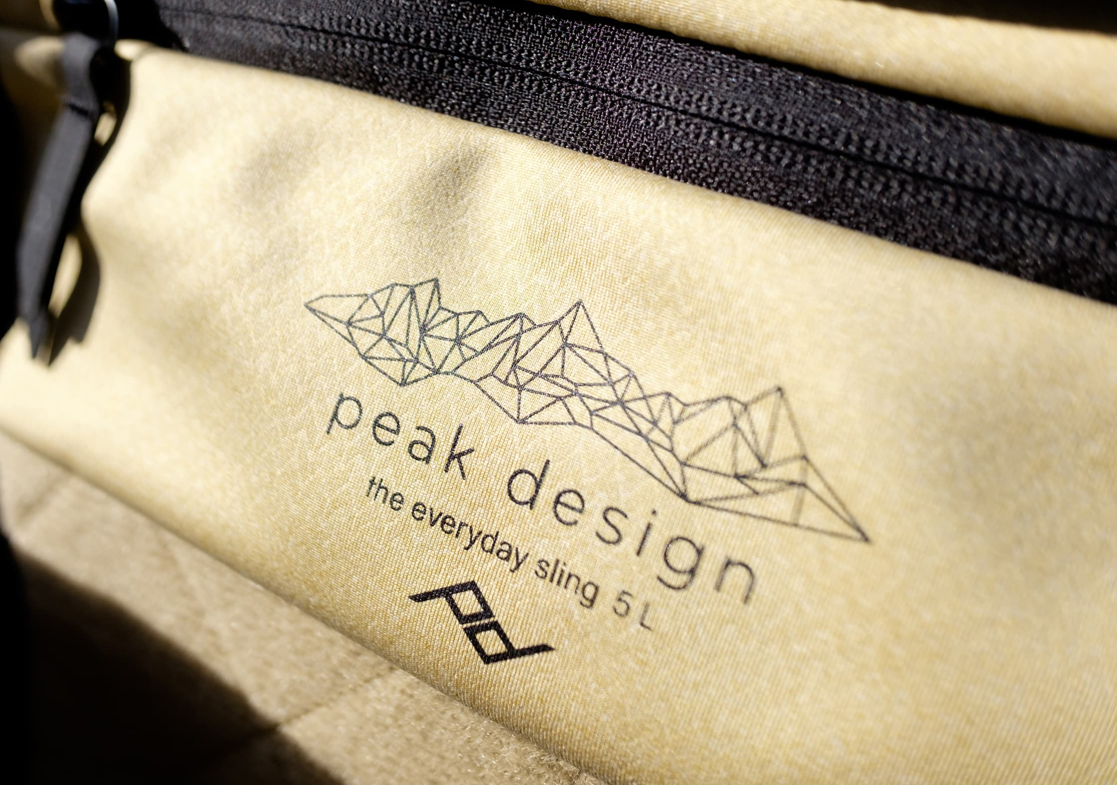 Peak Design Everyday Sling 5L Tan Interior
