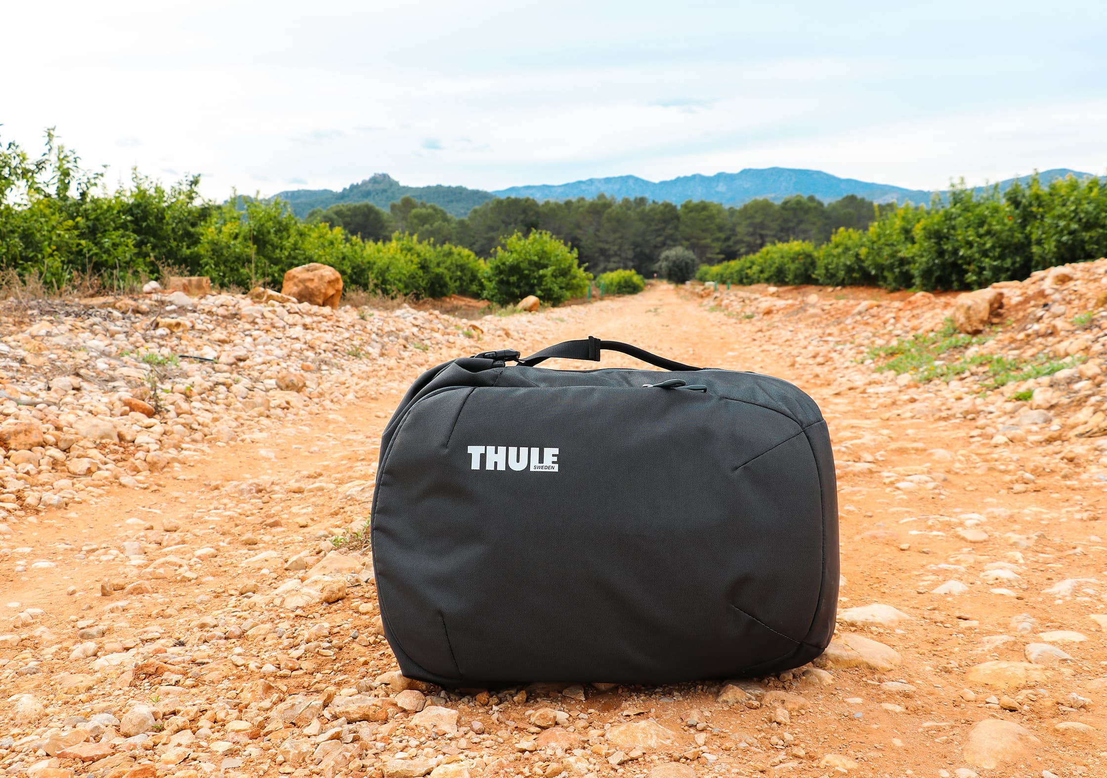 Thule Subterra 34L Side Handle