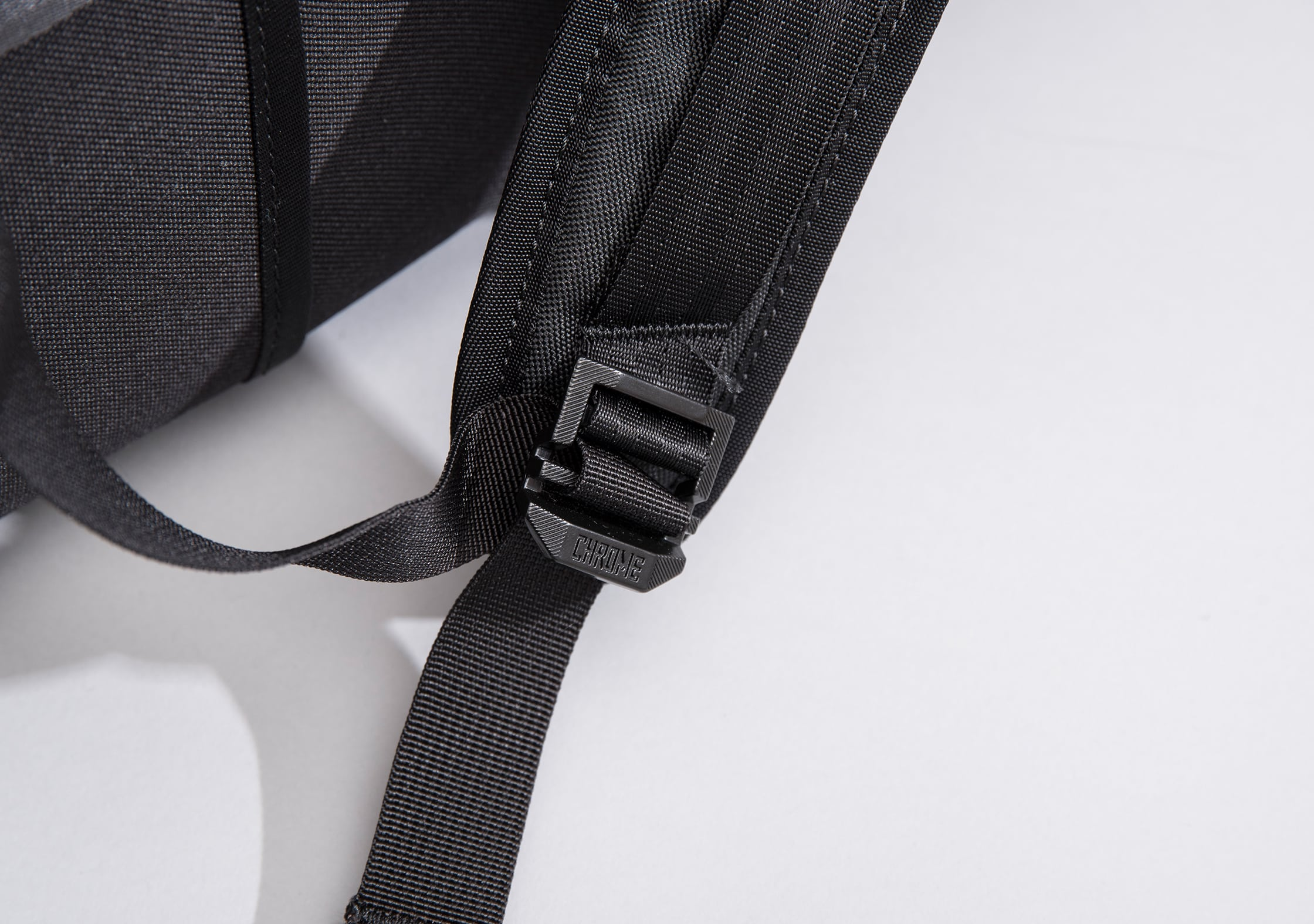 Chrome Niko Adjustable Straps