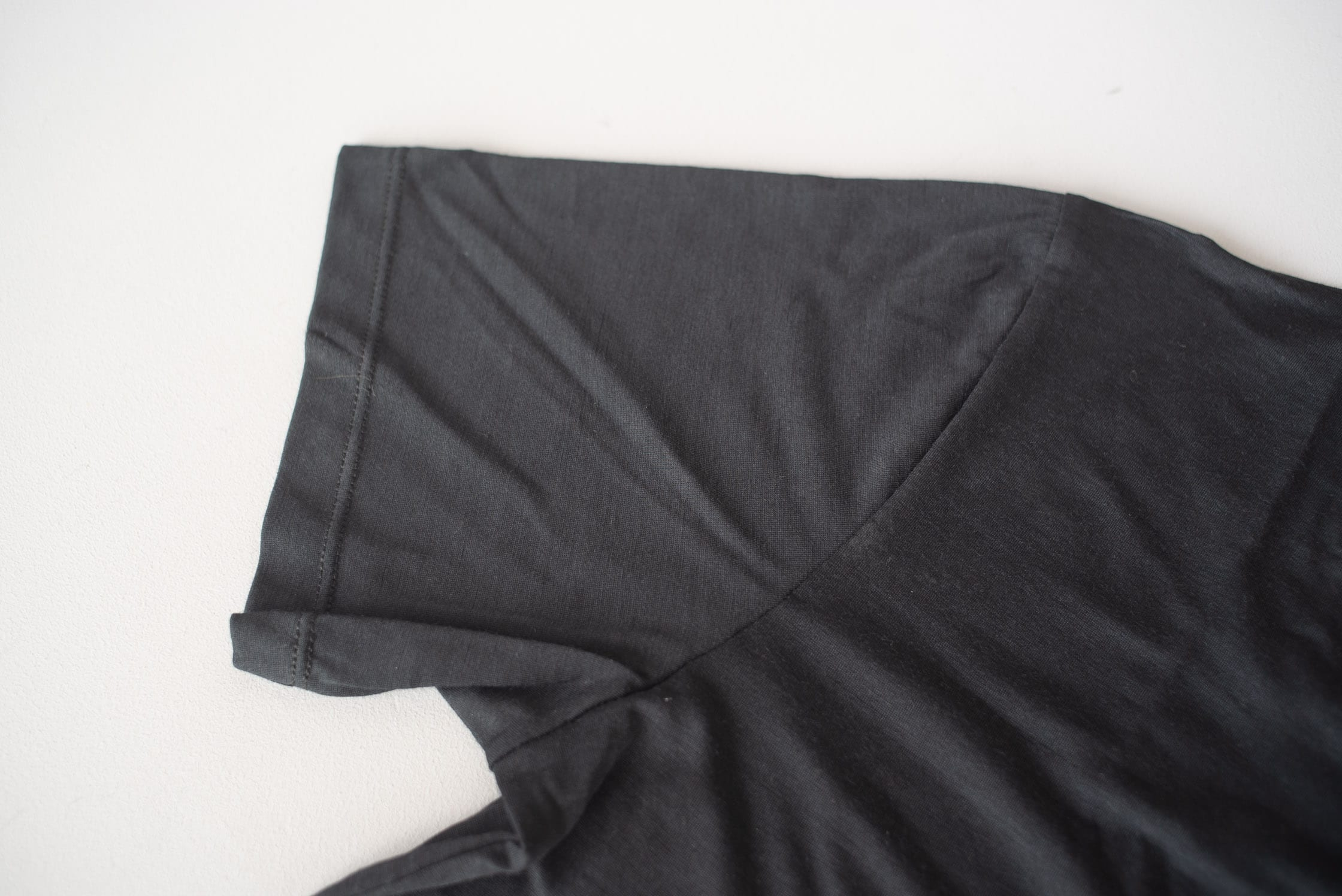 Outlier Runweight Merino Black T-shirt Sleeve