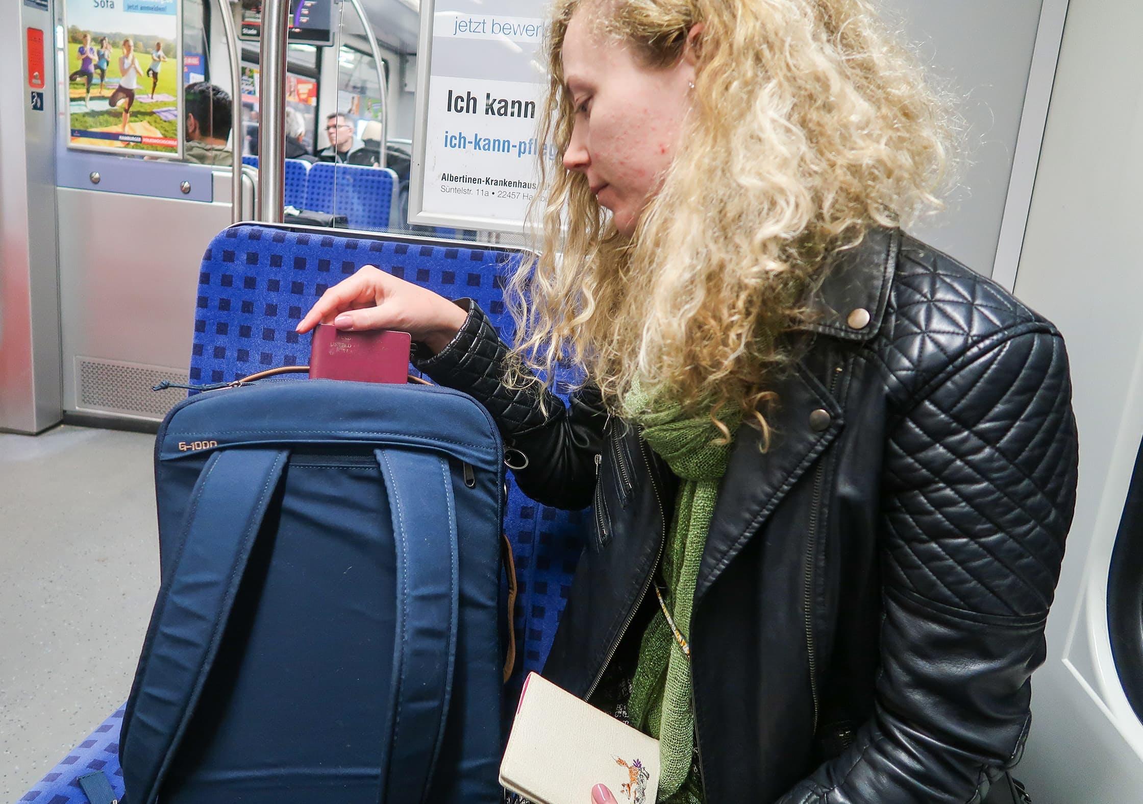 Fjallraven Travel Pack Quick-Grab Pocket