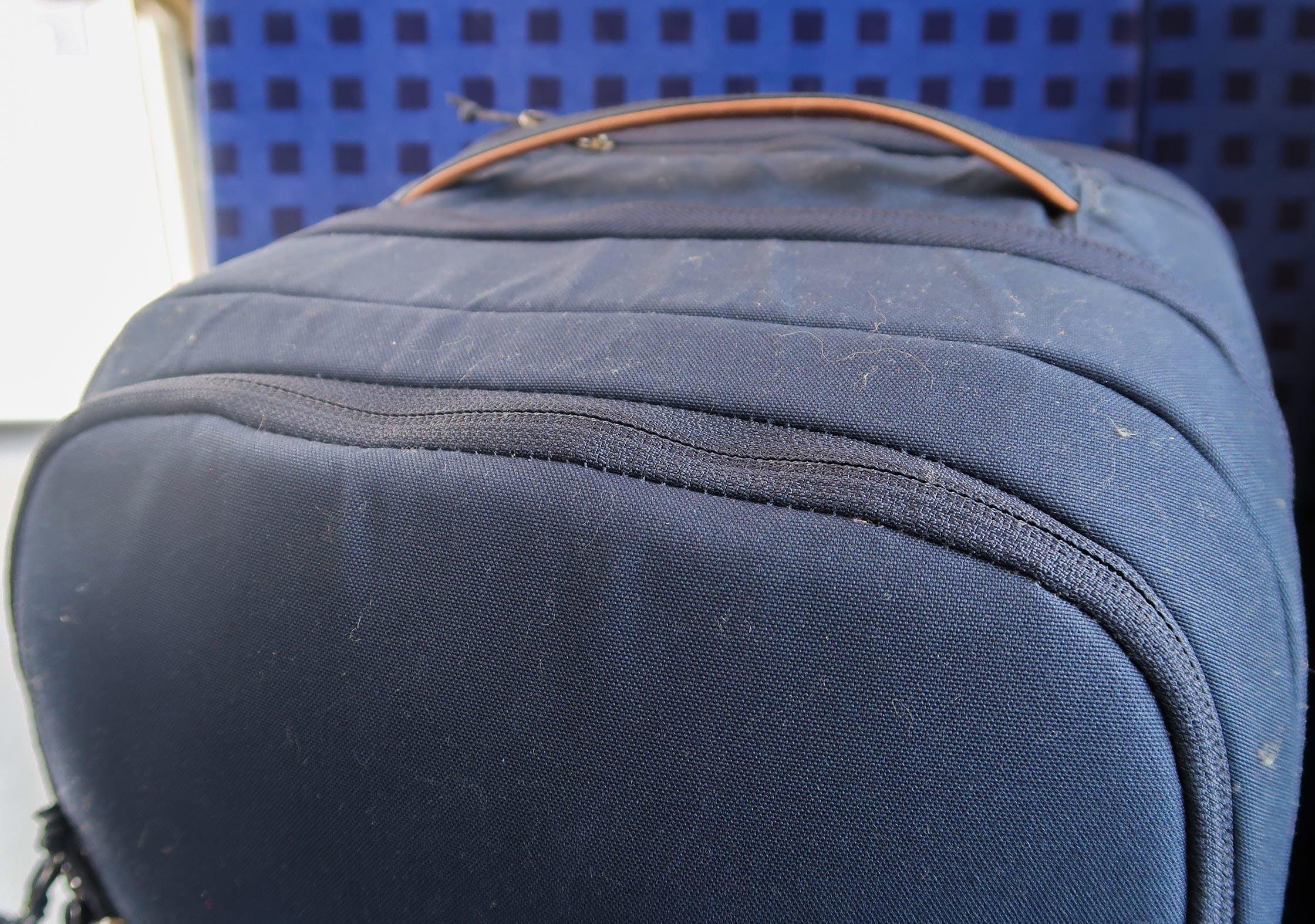 Fjallraven Travel Pack G-1000 Fabric Picks Up Fluff Easy