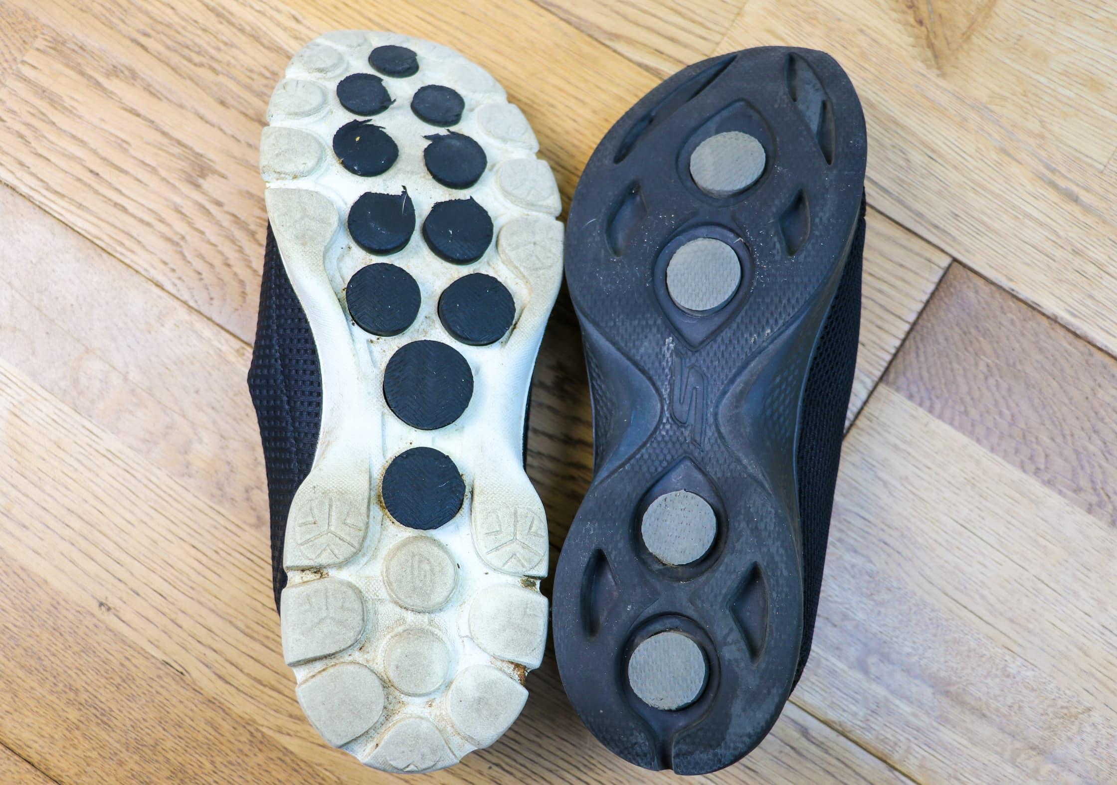 GOwalk Black Sole vs White Sole