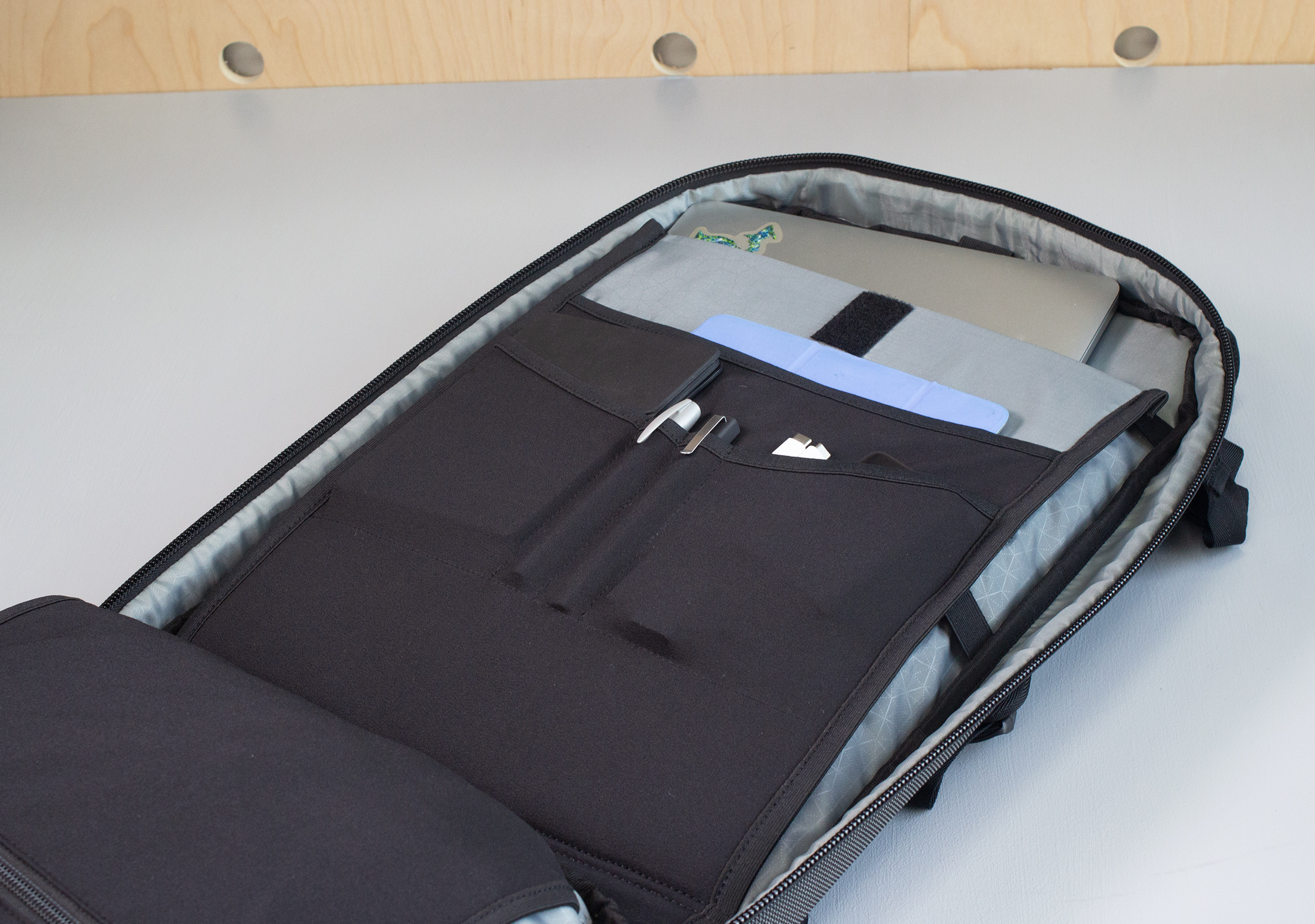 Heimplanet Transit Line Travel Pack Laptop Compartment