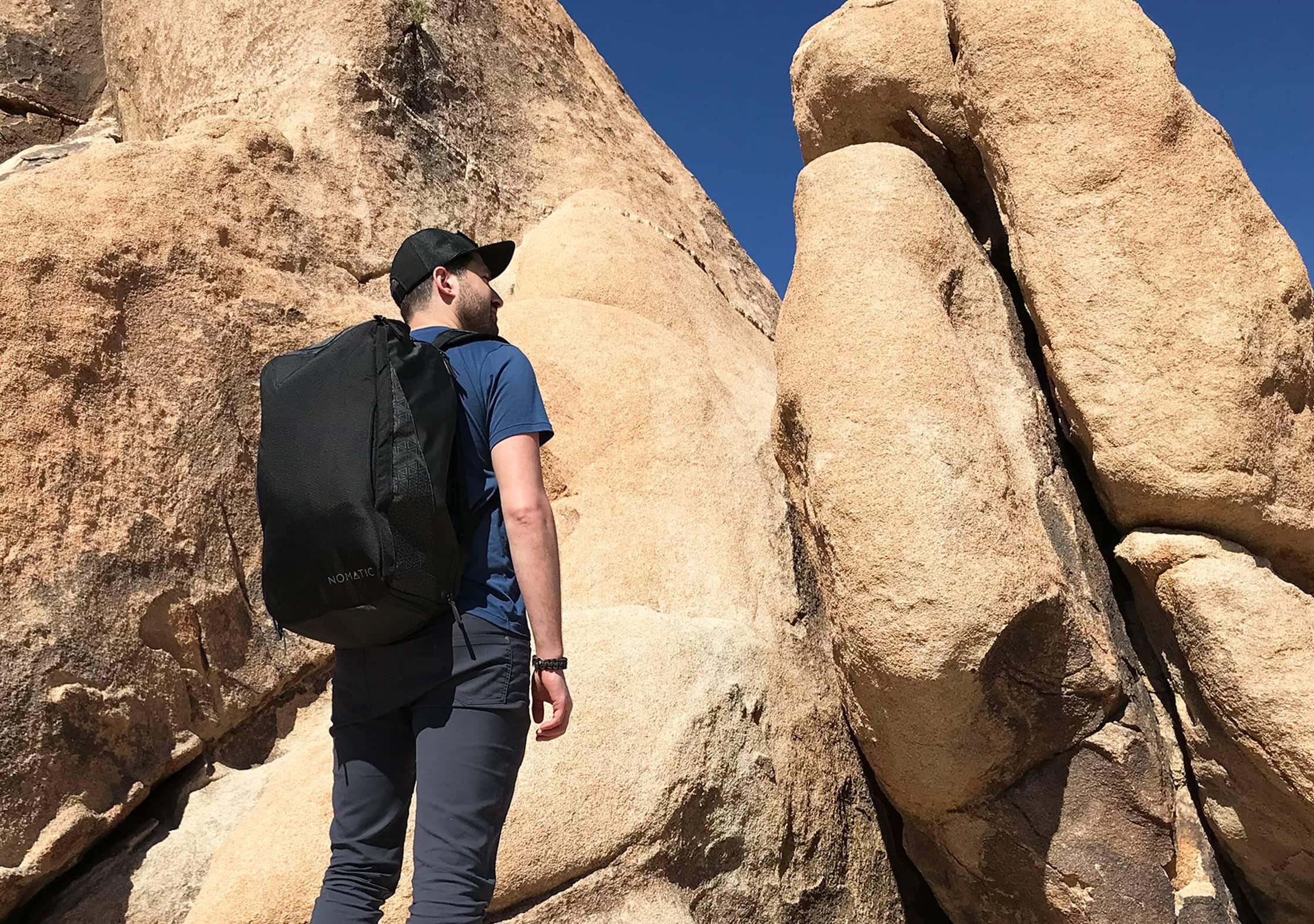 Nomatic Travel Bag In Joshua Tree