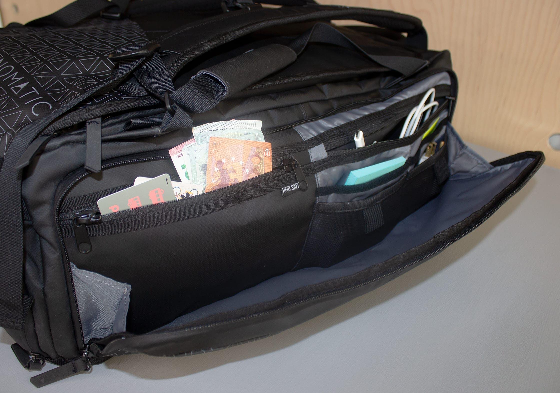NOMATIC Travel Bag Organization Pocket