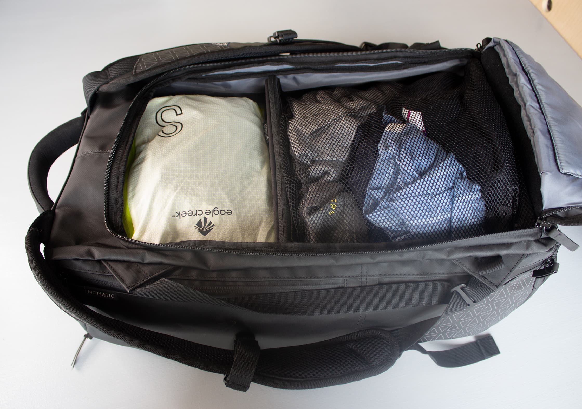 NOMATIC Travel Bag Packed