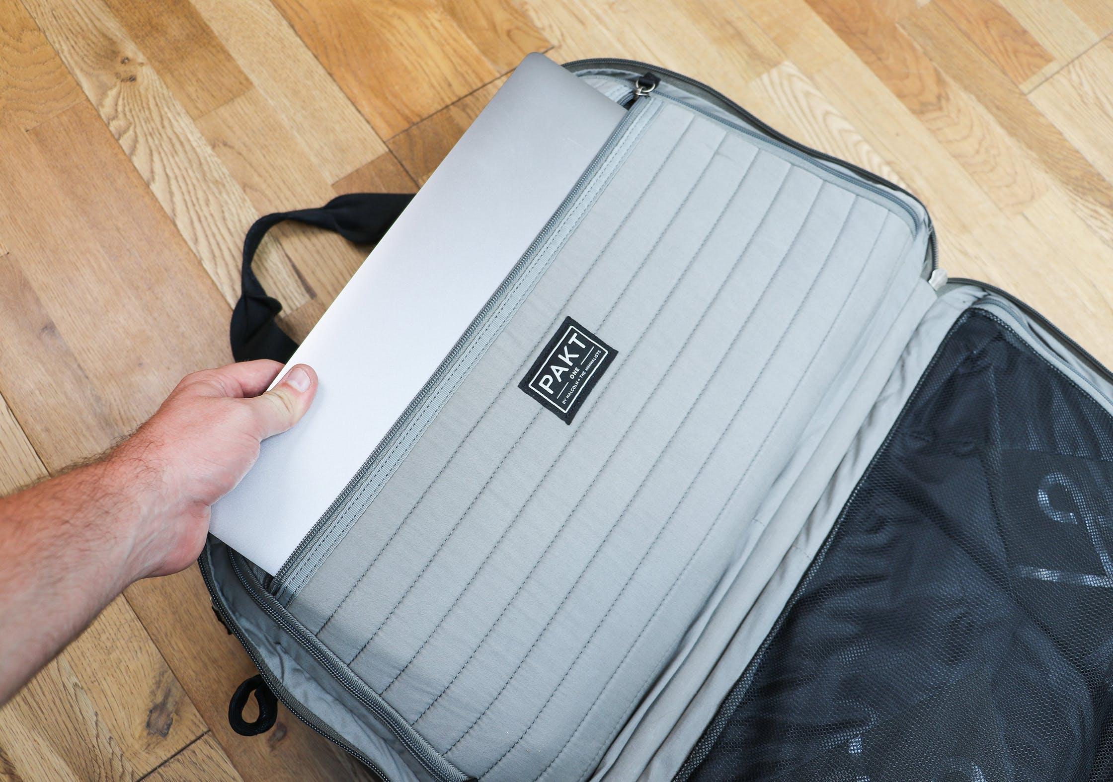 Pakt One Laptop Compartment