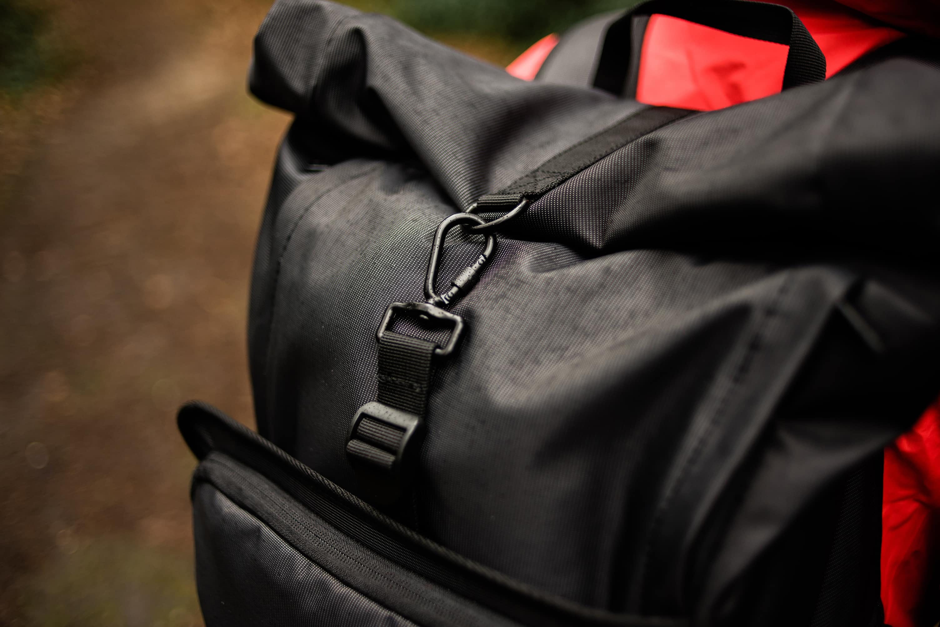 Carabiner on the Brevite roll-top