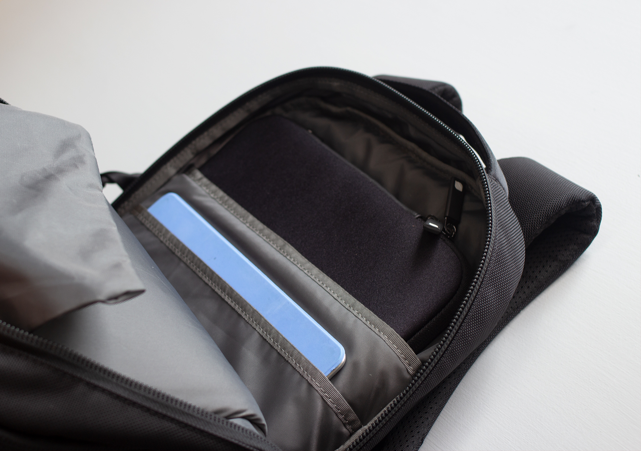 Aer Flight Pack 2 Laptop Compartment