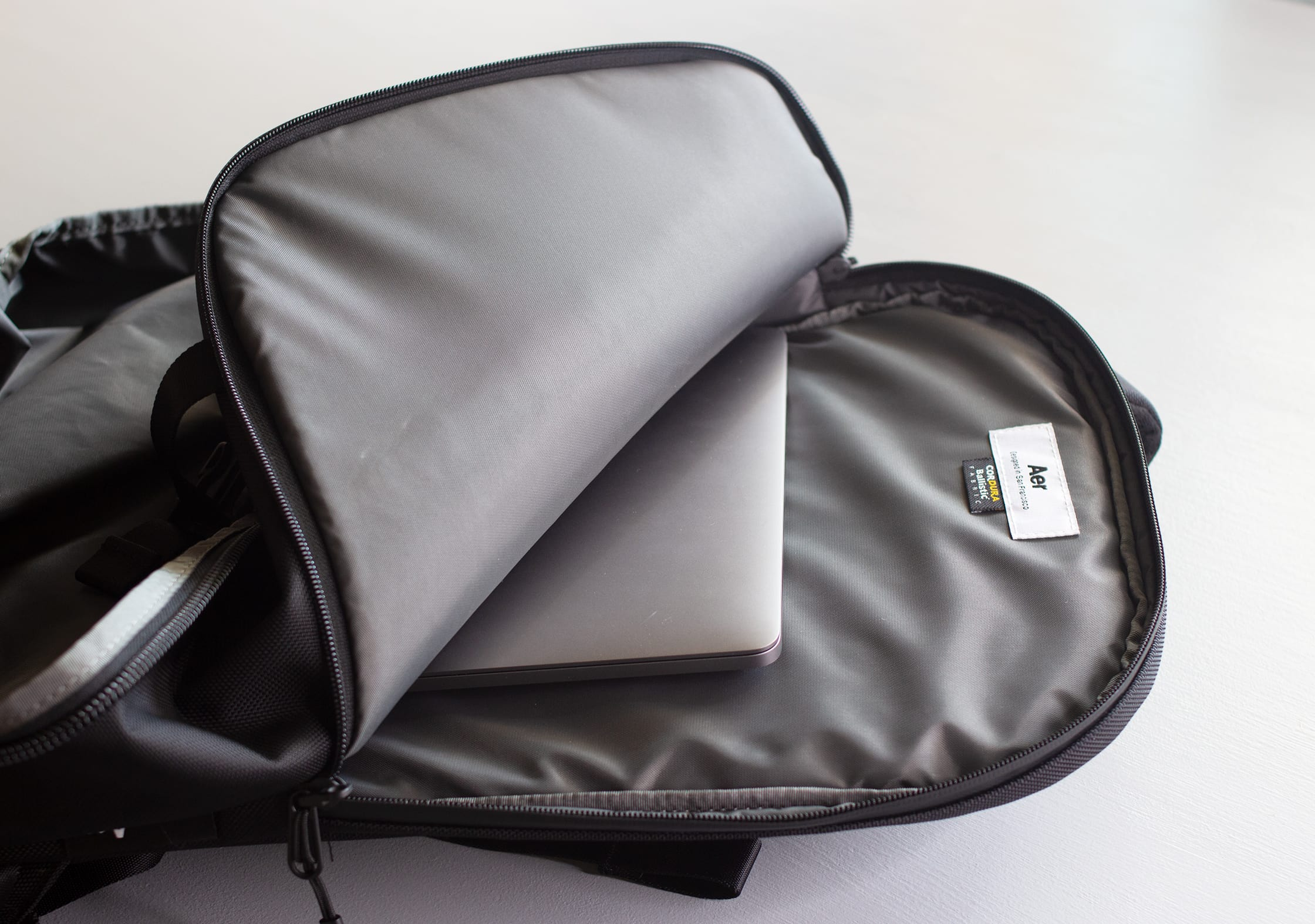 Aer Travel Pack 2 Laptop Compartment