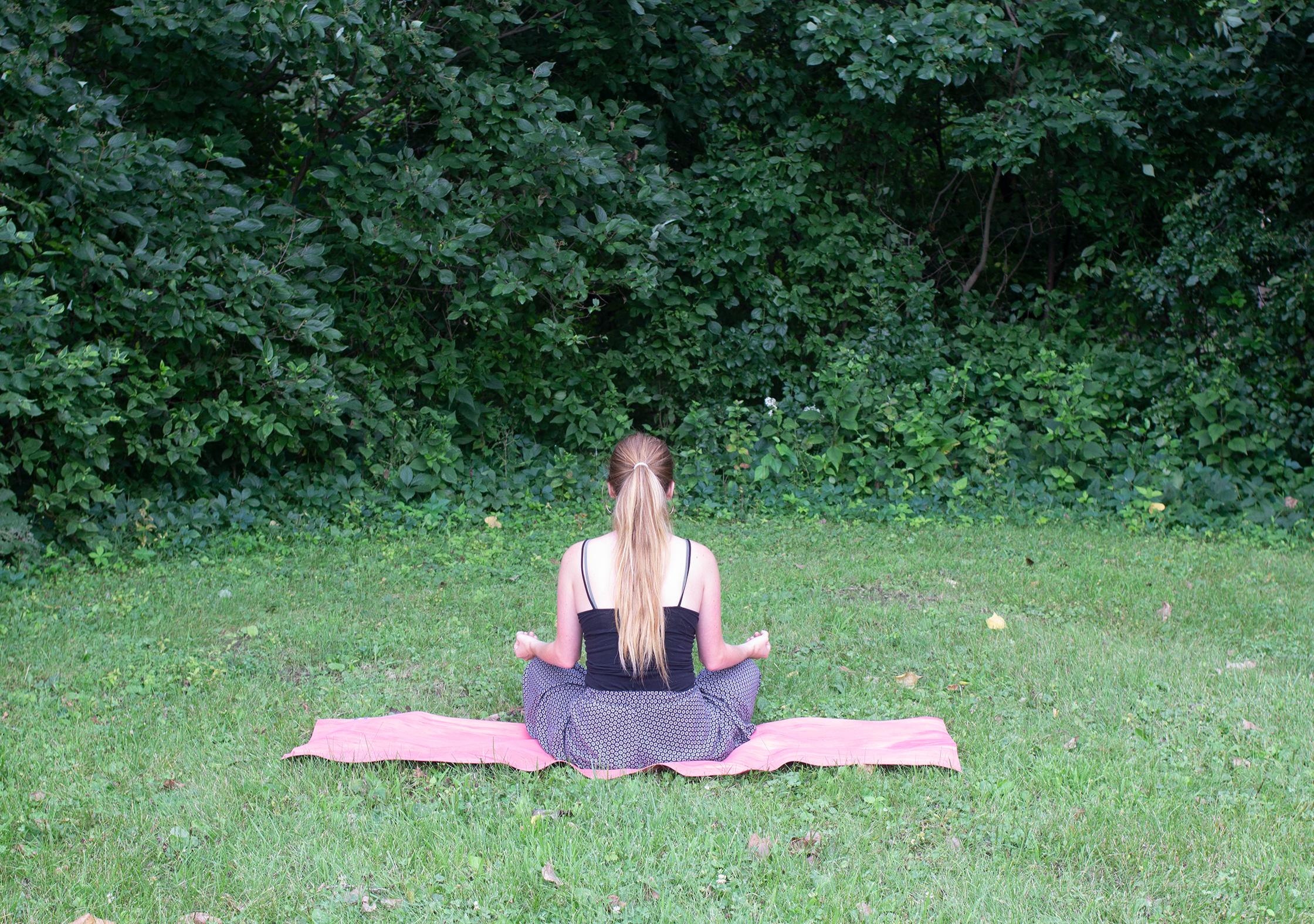 Manduka eKO SuperLite Yoga Mat Outdoors