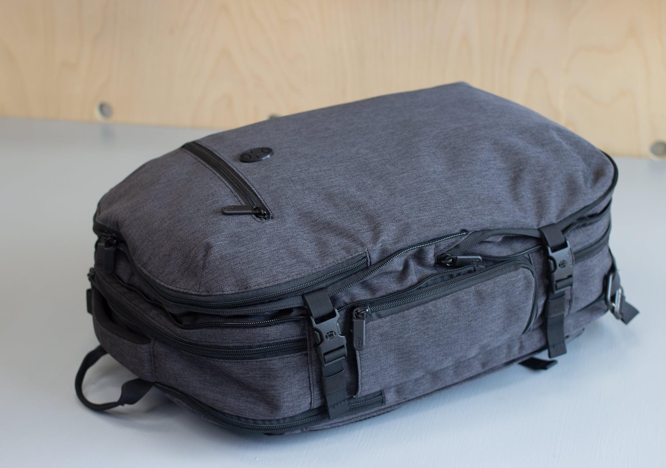 Tortuga Setout Divide Backpack Expanded & Compressed