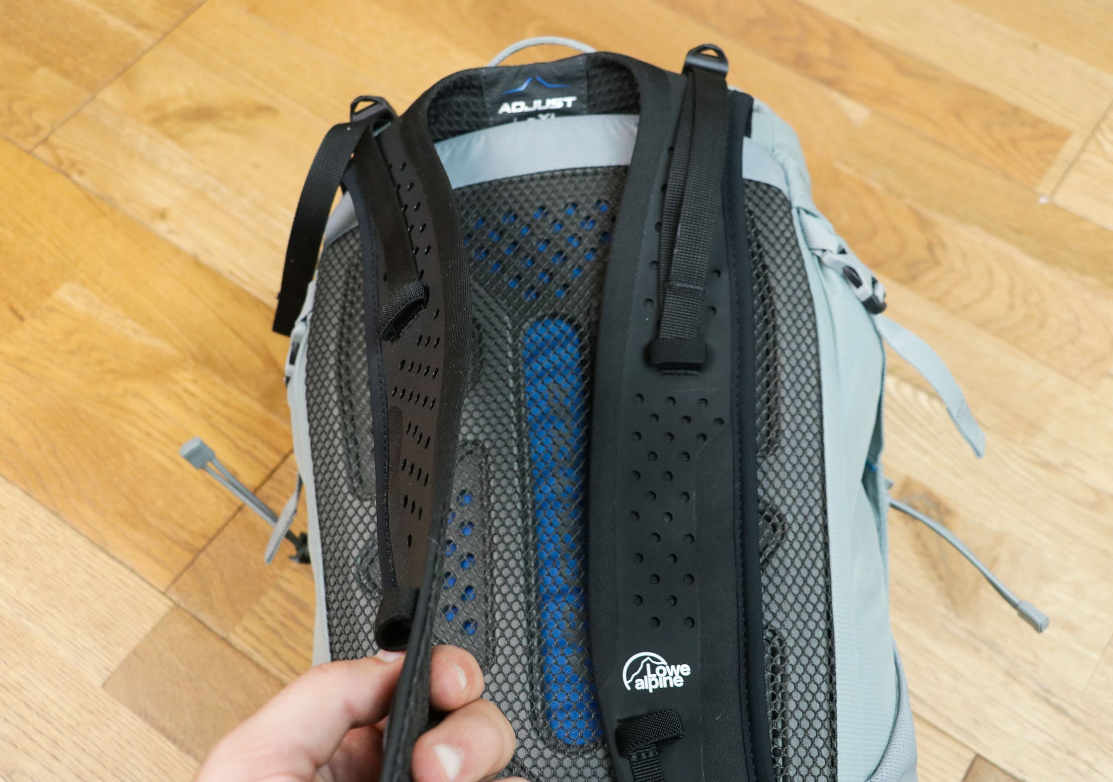 Lowe Alpine Aeon Ultra-Thin Flexion™ Shoulder Strap
