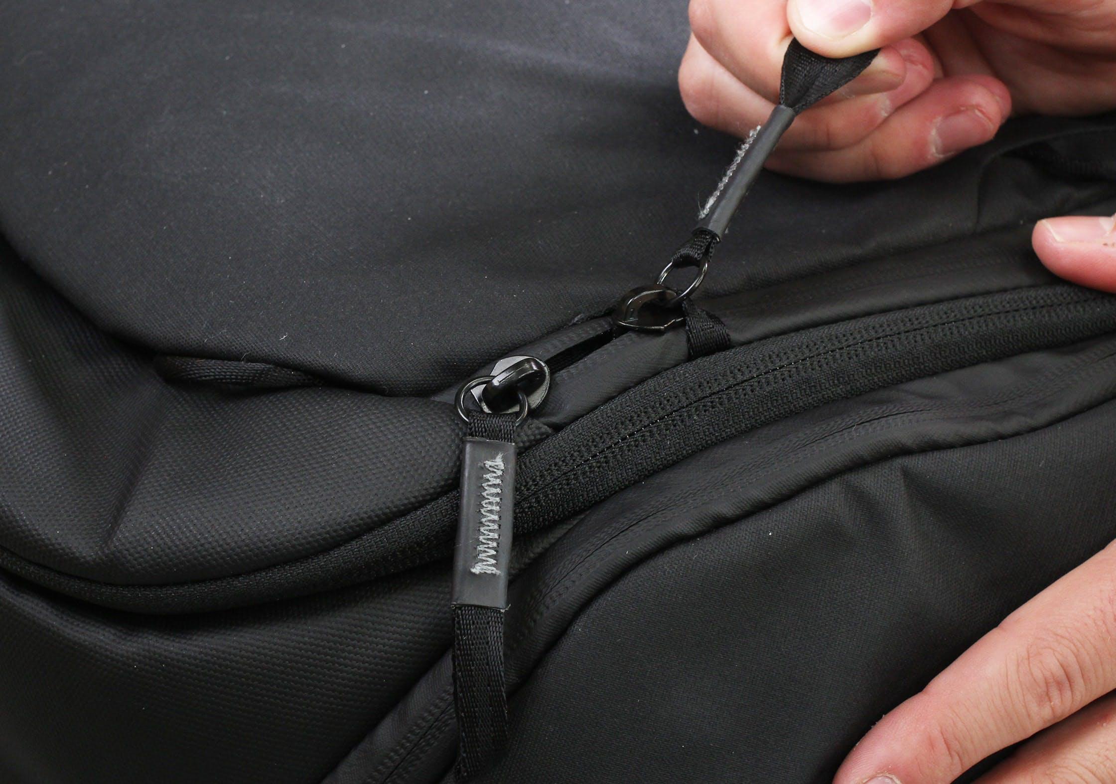 Peak Design Travel Backpack Lockable Zip Tab
