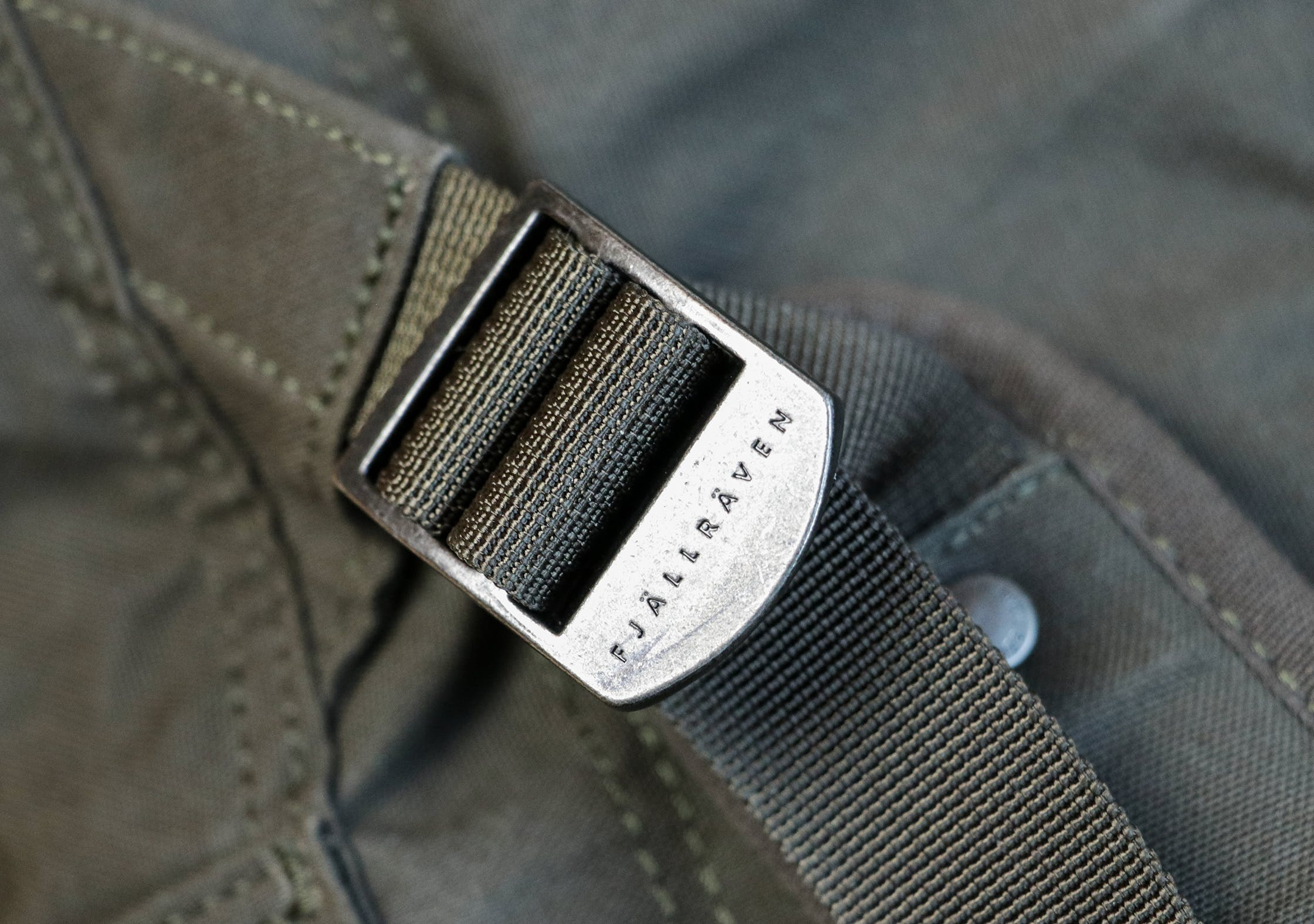 Metal Buckle On The Fjallraven Splitpack
