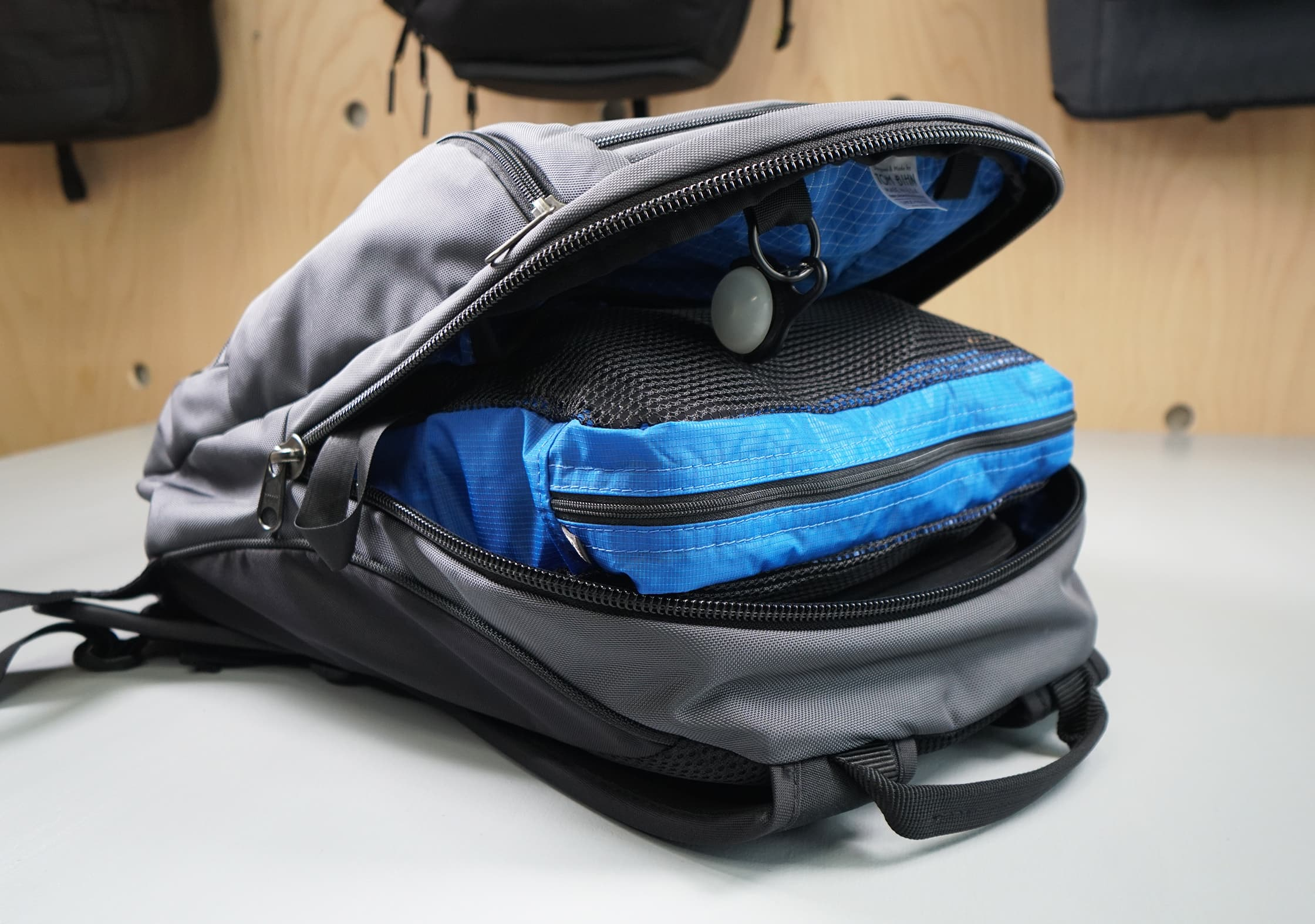 Tom Bihn Synapse 25 Interior Packed