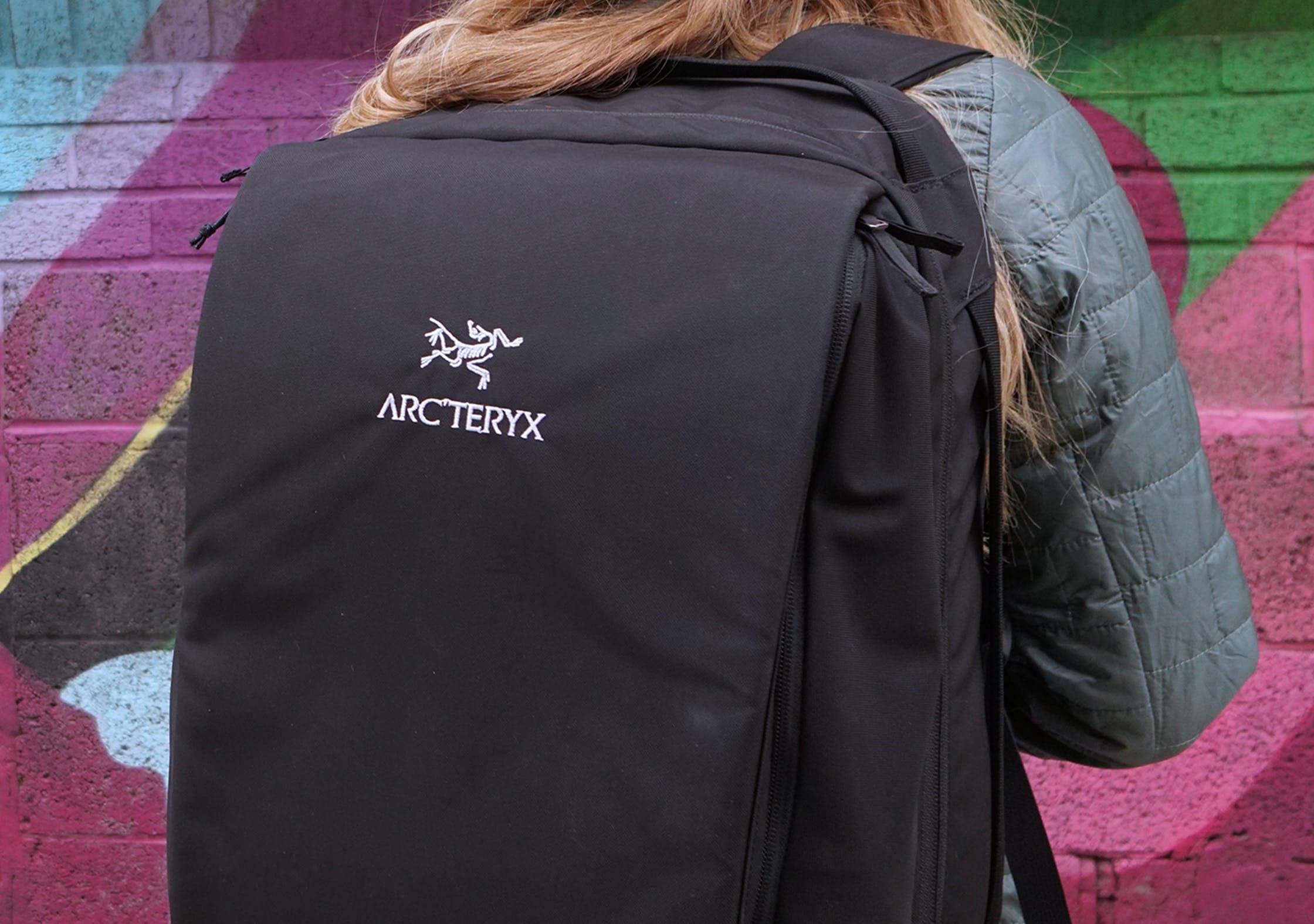 Arc'teryx Blade 28 Backpack Logo