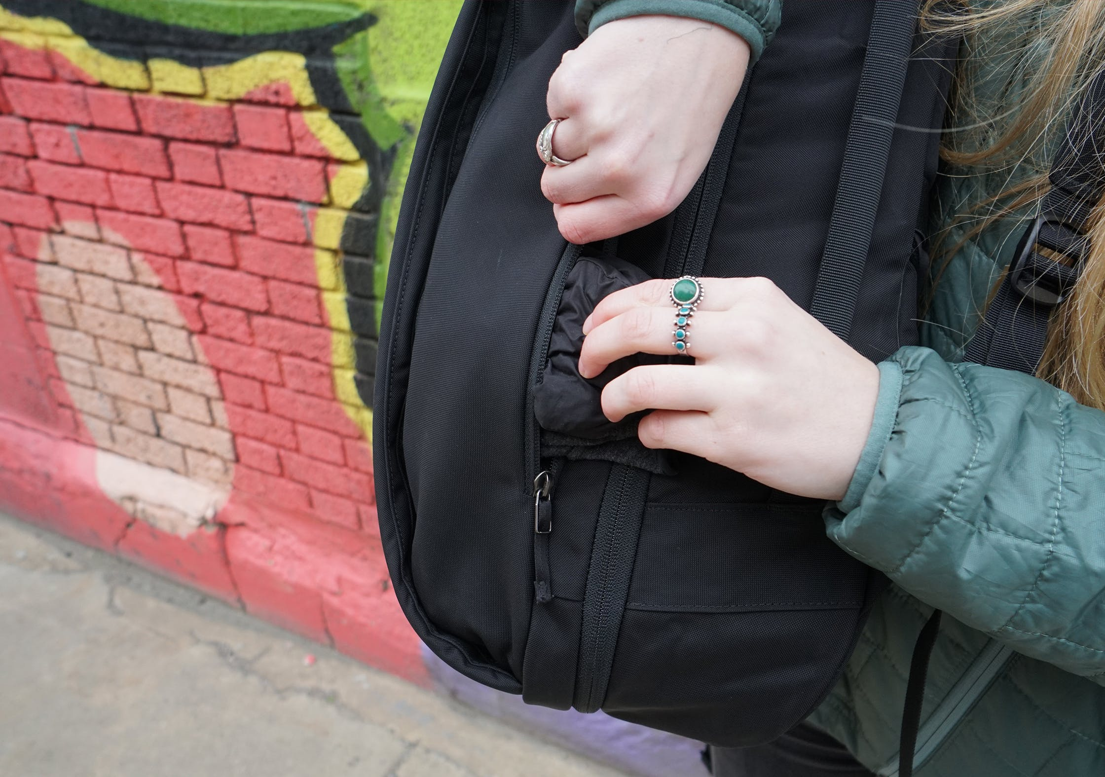 Arc'teryx Blade 28 Backpack Small Side Pocket