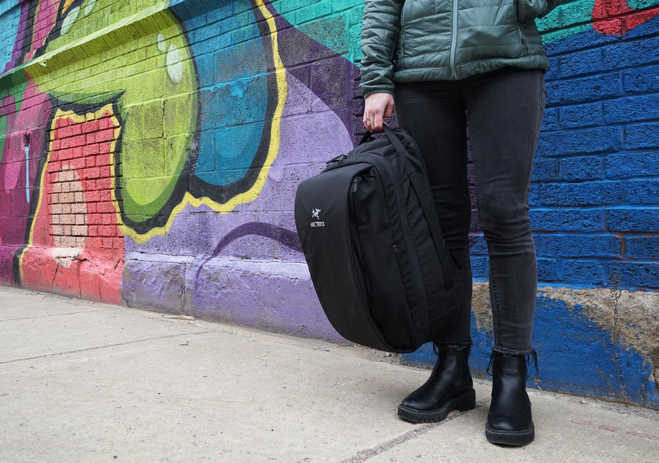 Arc'teryx Blade 28 Backpack Top Handle