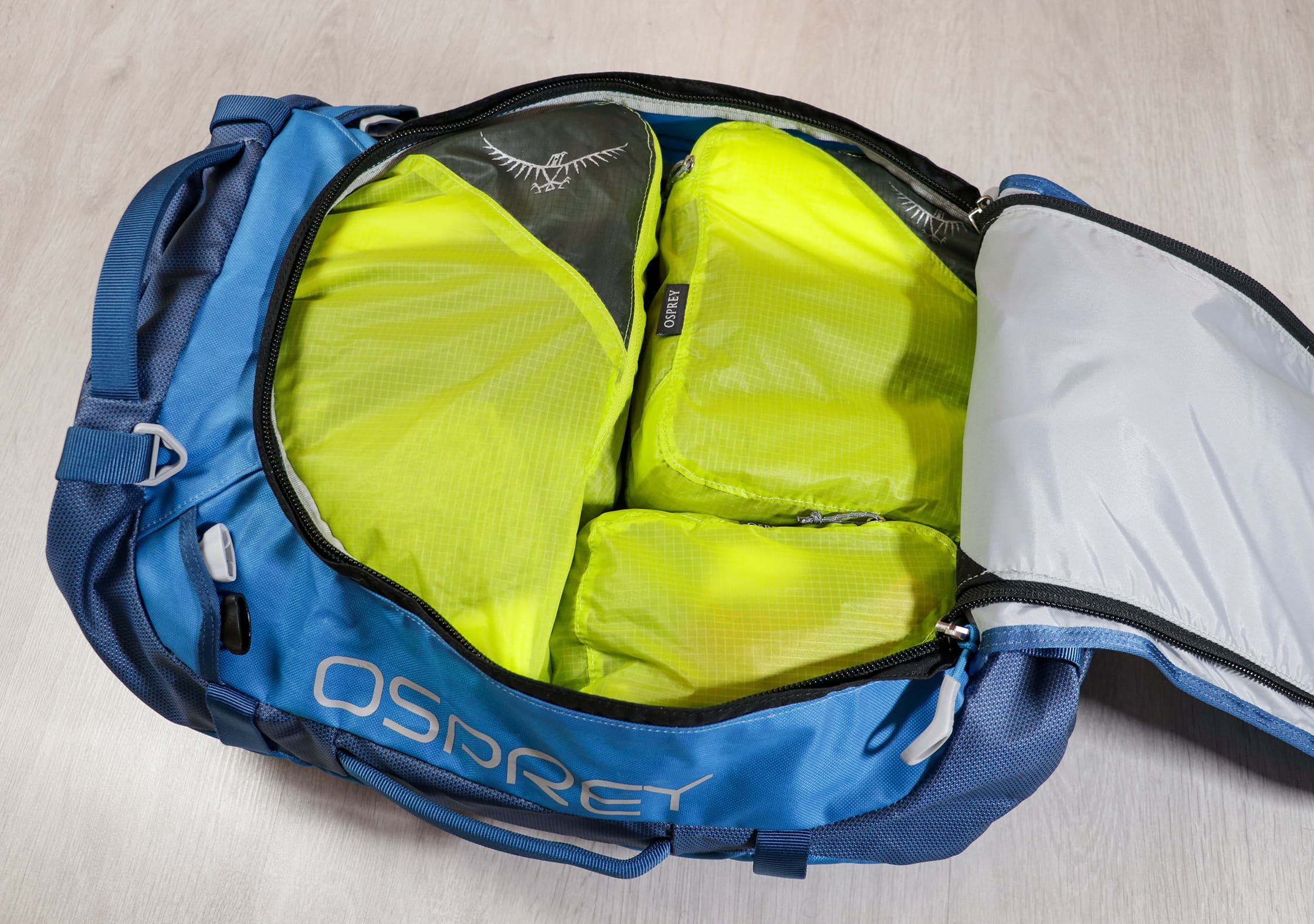 Osprey Ultralight Packing Cube Set In An Osprey Transporter 40