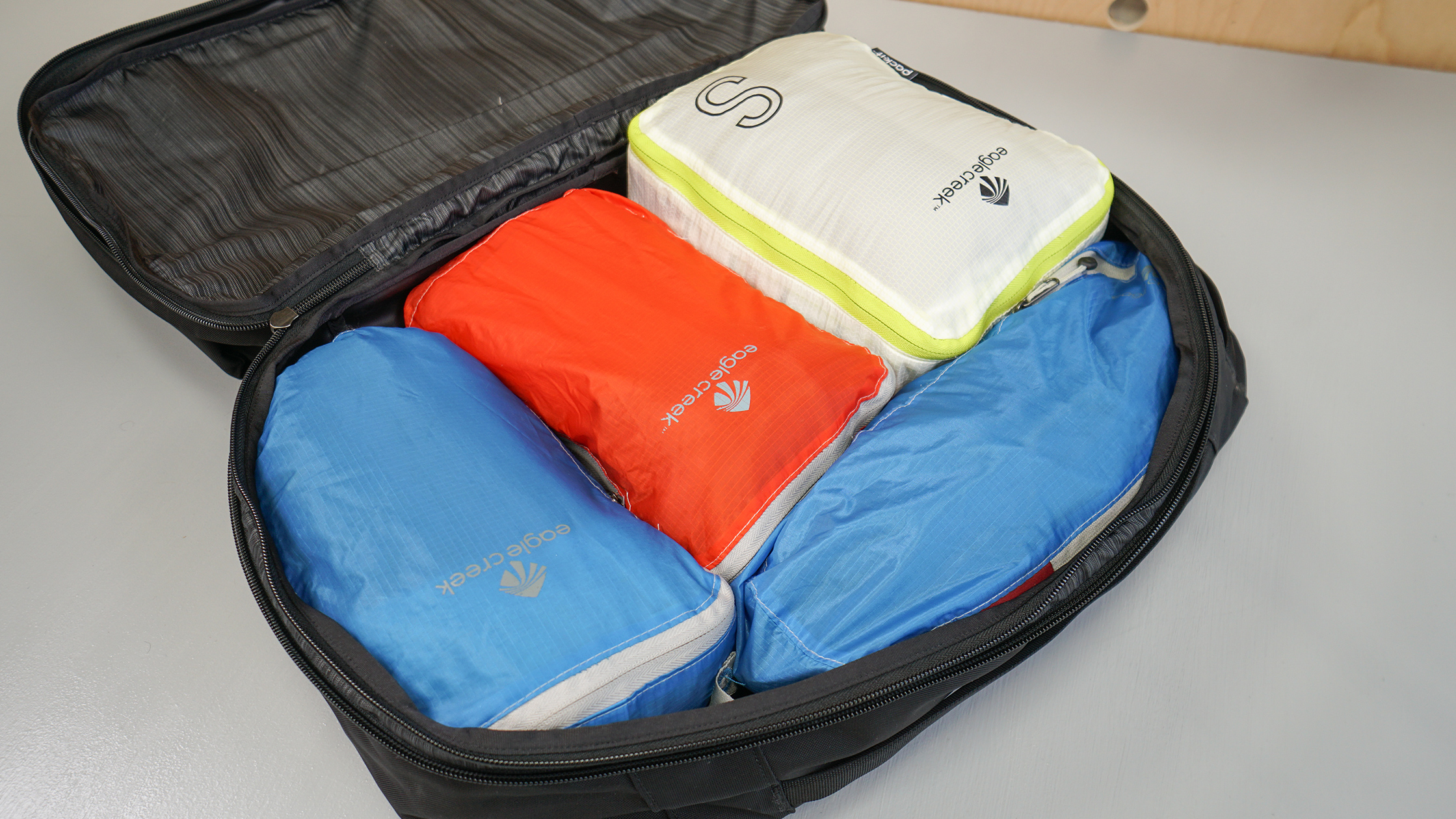 Eagle Creek Specter Packing Cubes In The Main Compartment Of An Arc'teryx Blade 28