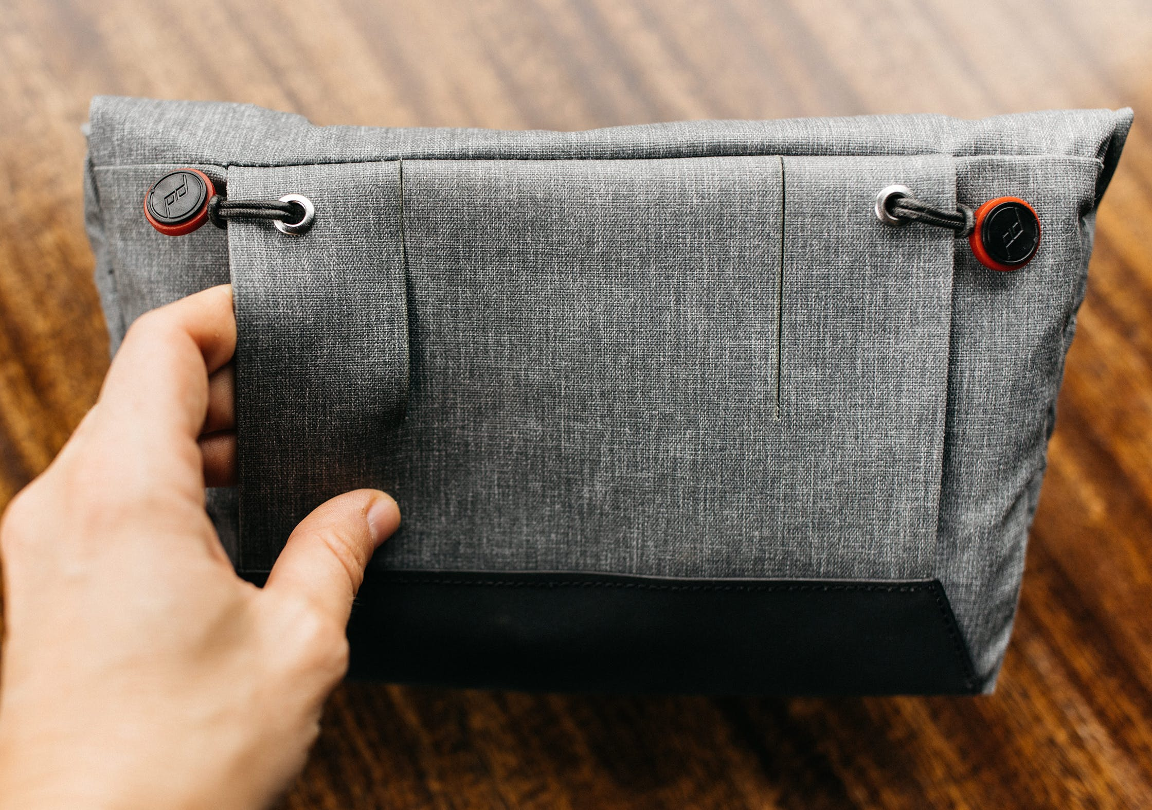 Peak Design Field Pouch Connection System