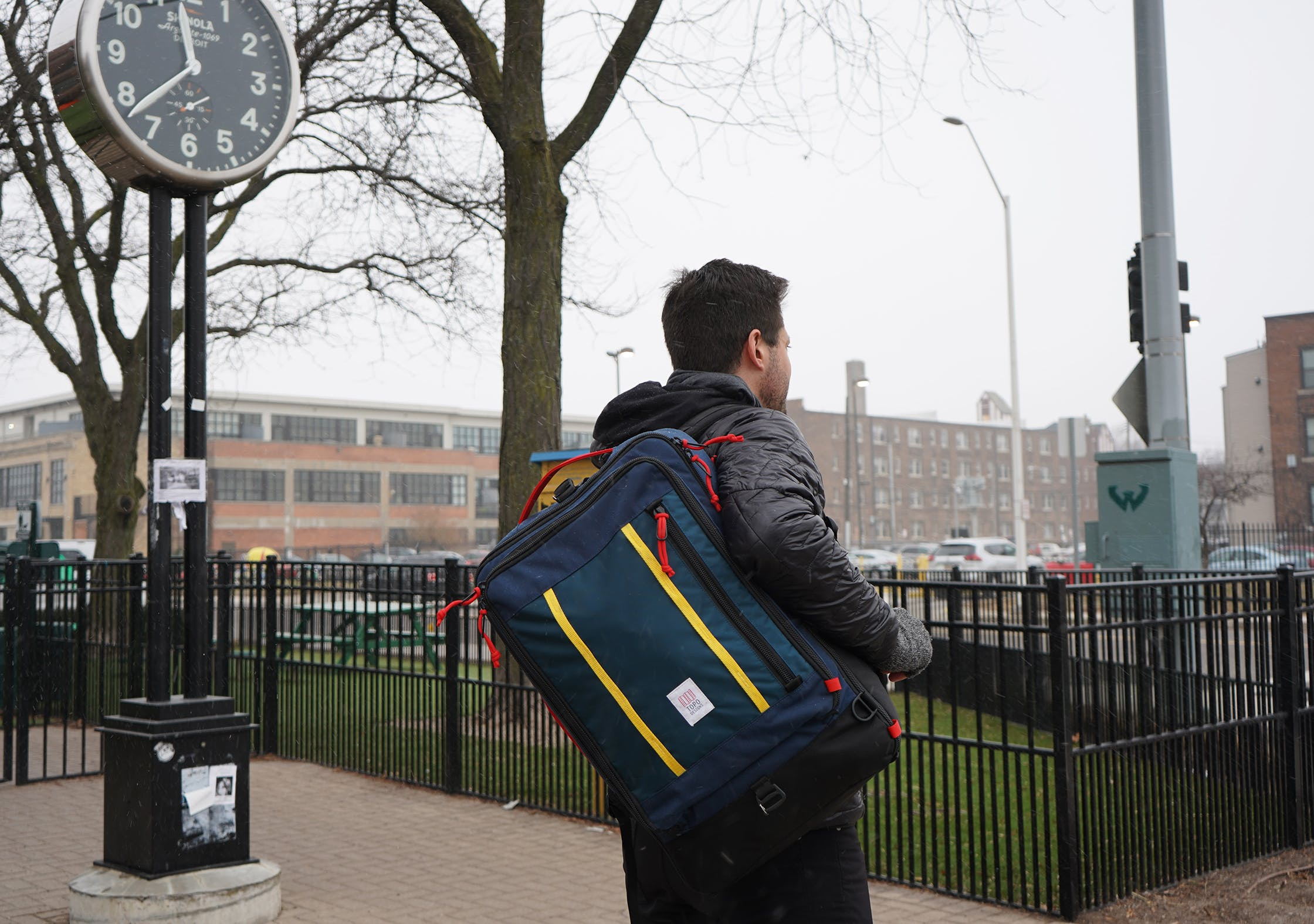 Topo Designs Travel Bag 40L In Use