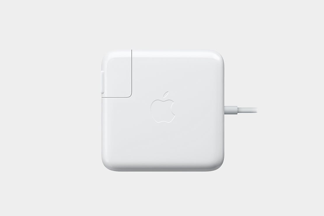 Apple MacBook Pro Power Adapter
