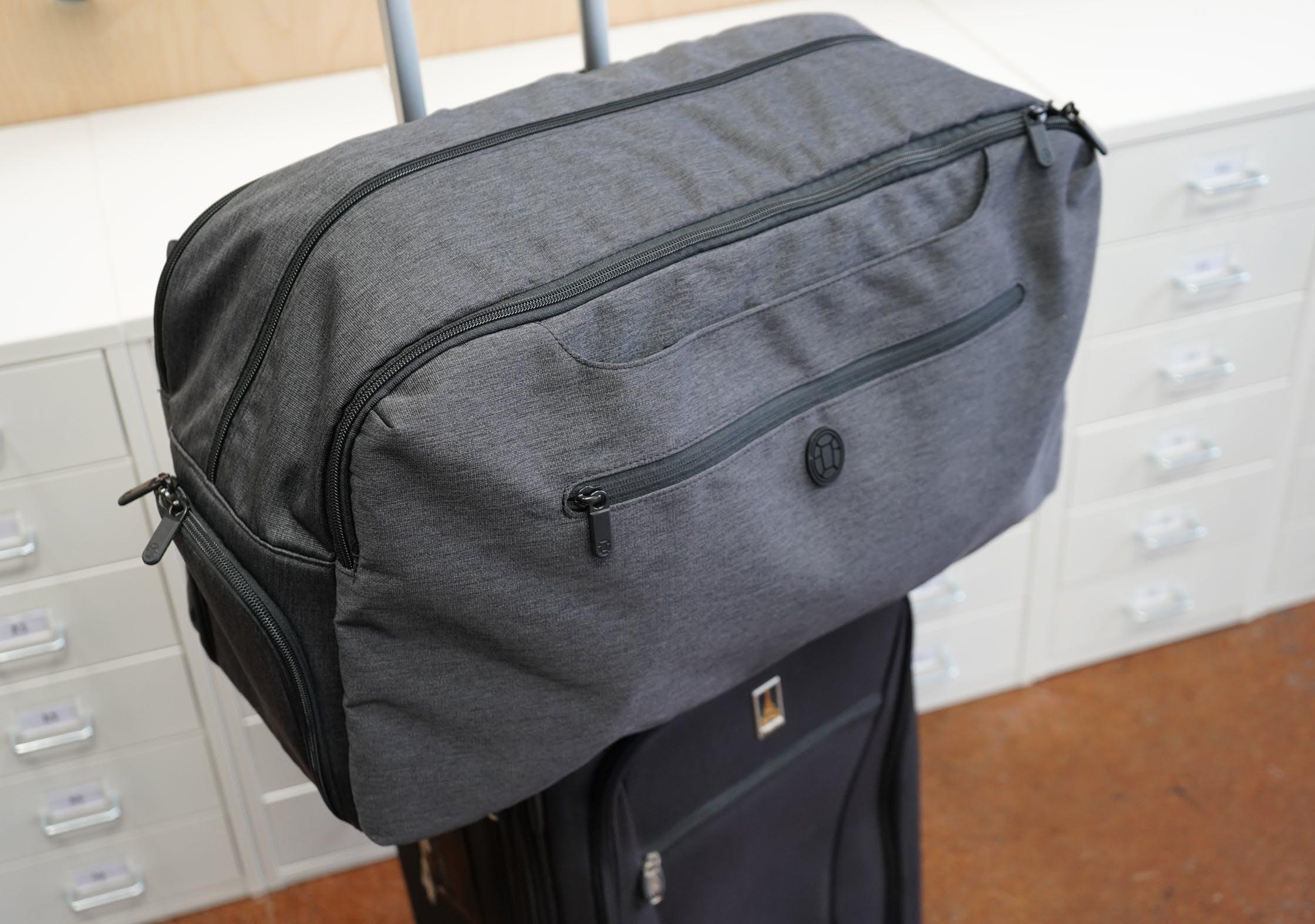 Tortuga Setout Duffle With Luggage