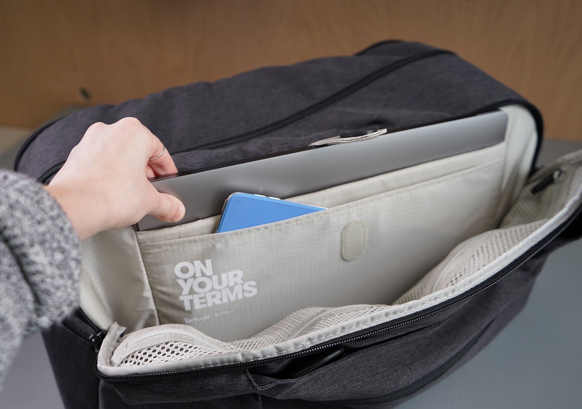 Tortuga Setout Duffle Laptop Compartment