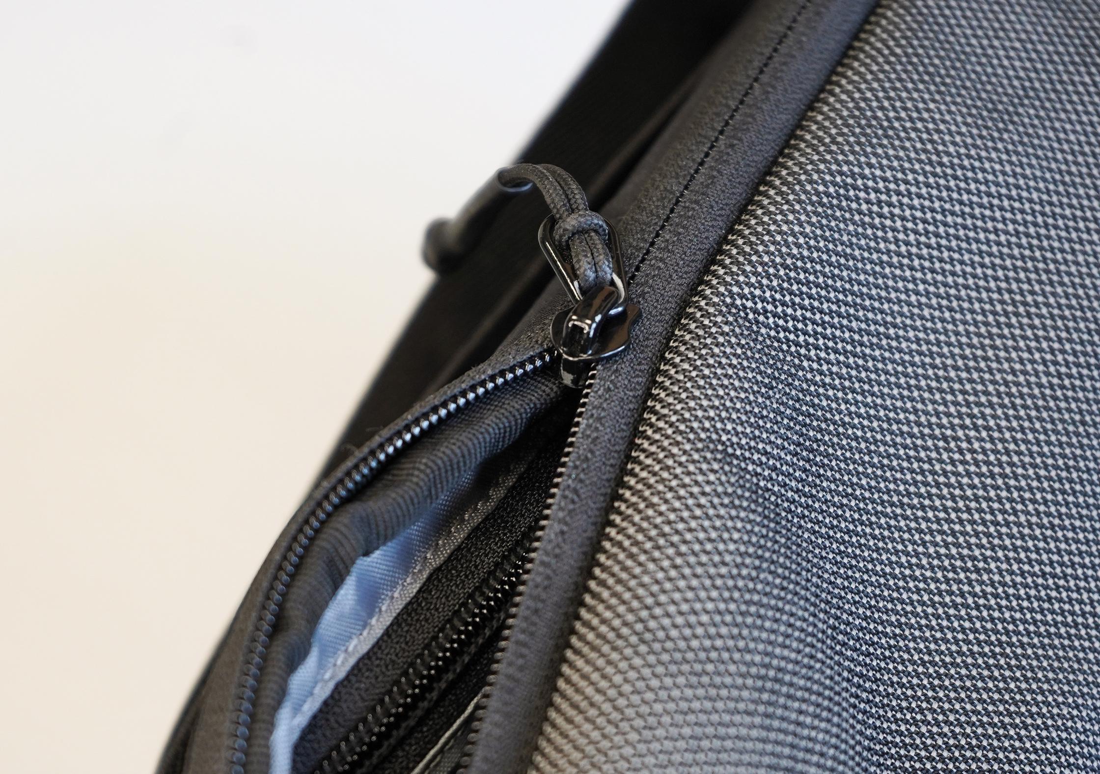 Heimplanet Transit Line Sling Pocket Zipper