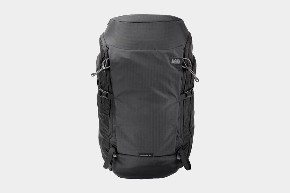 REI Ruckpack 40 Travel Pack Review