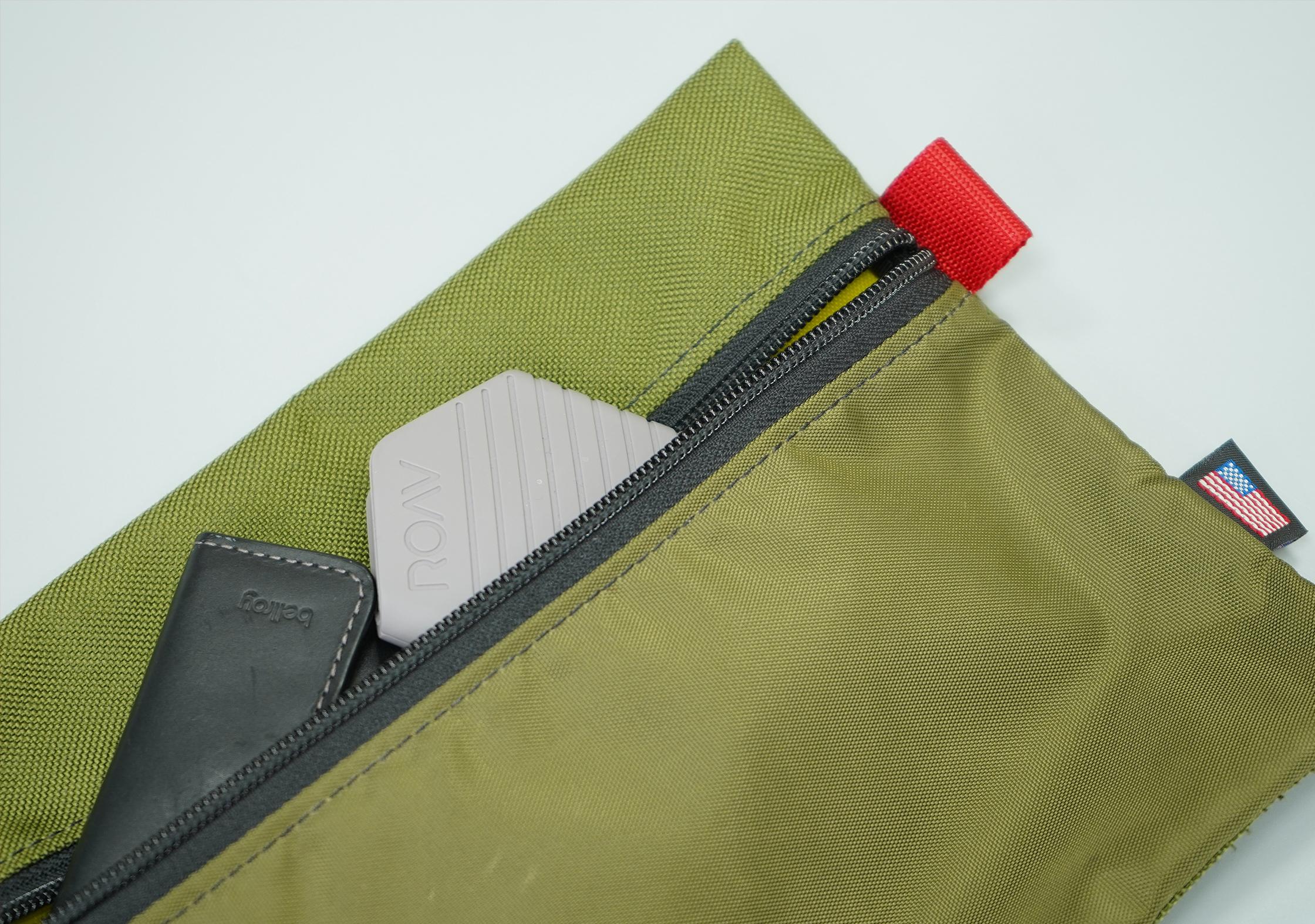 Topo Accessory Bags Full