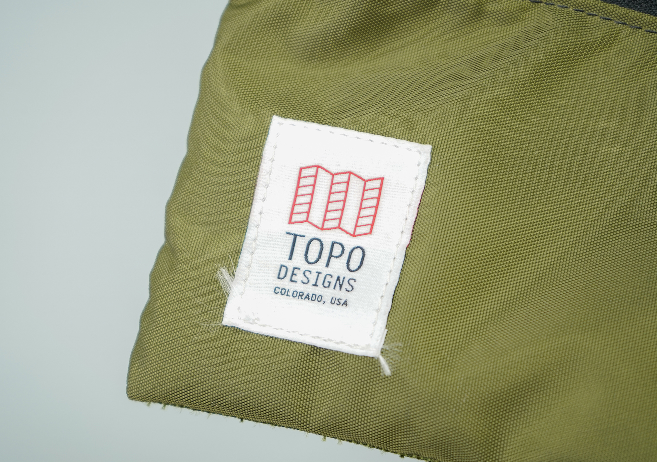 Topo Accessory Bags Logo Fraying
