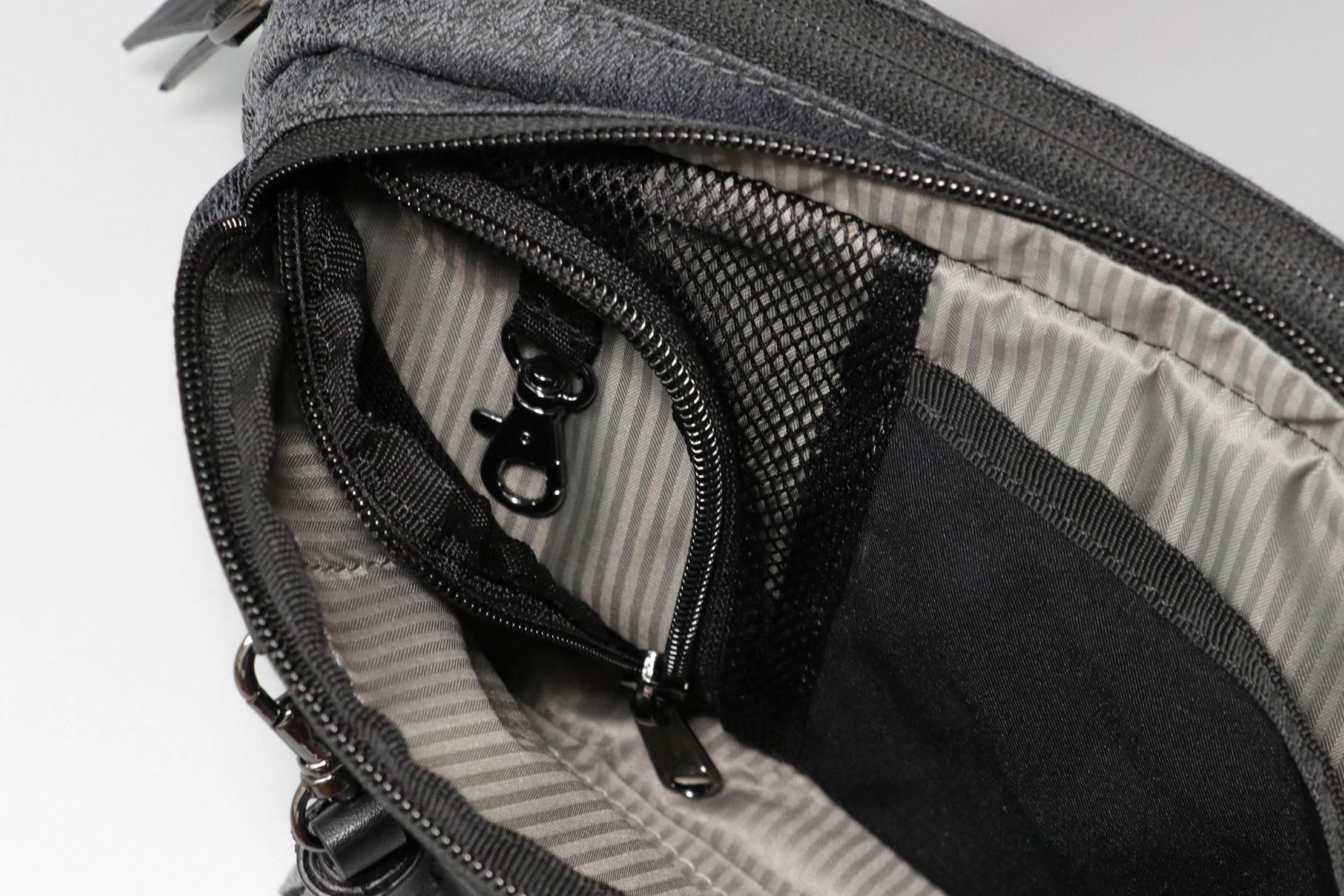 Sherpani Qube Hip Pack Zippered Pocket
