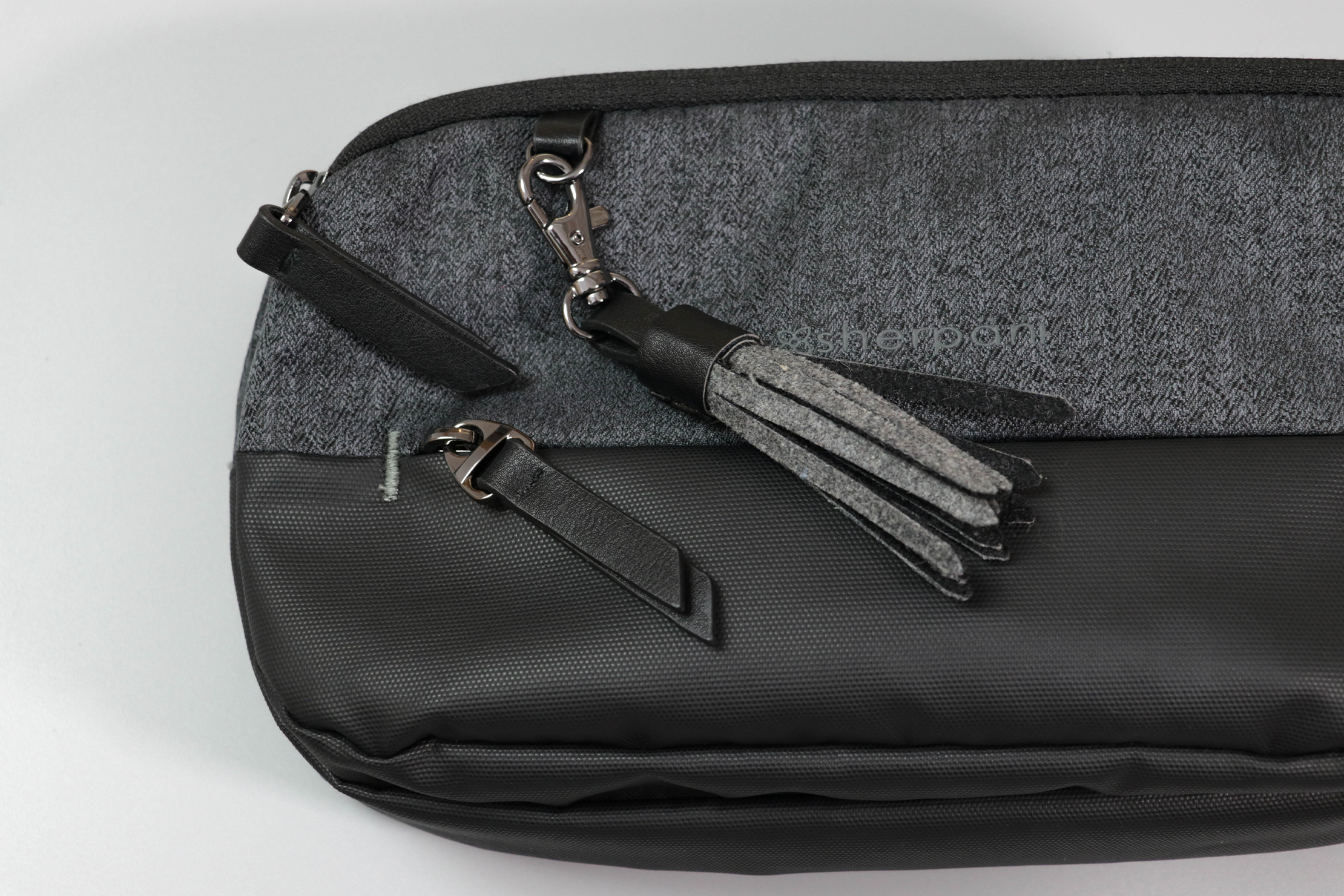Sherpani Qube Hip Pack Tassel