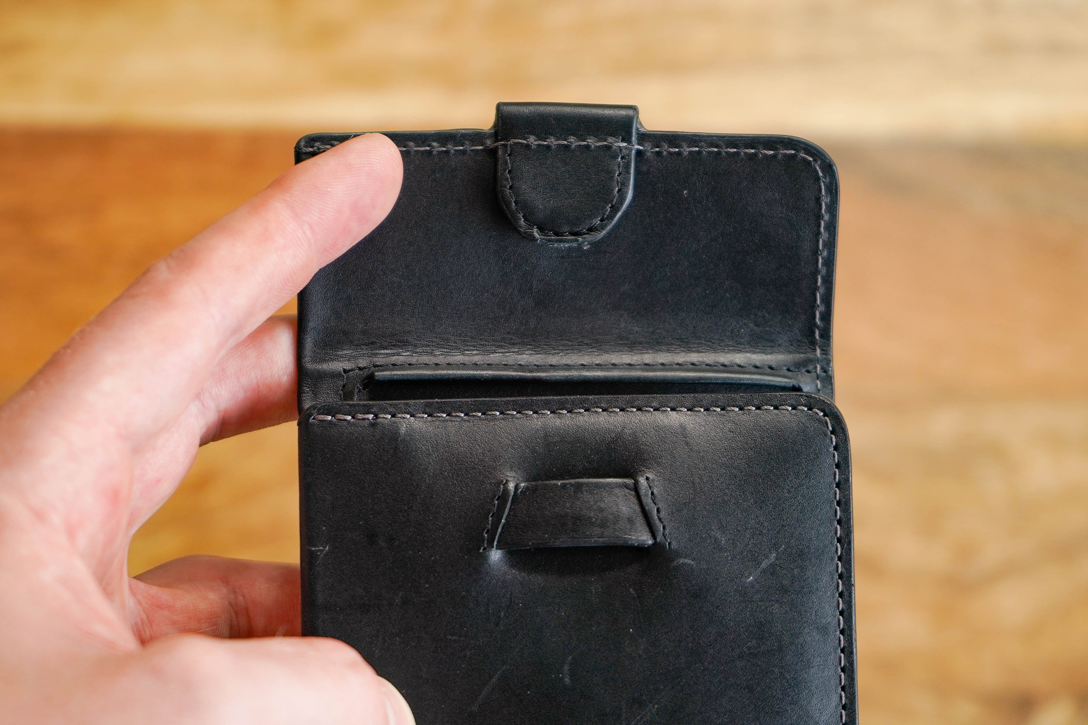 Bellroy Coin Fold Clasp