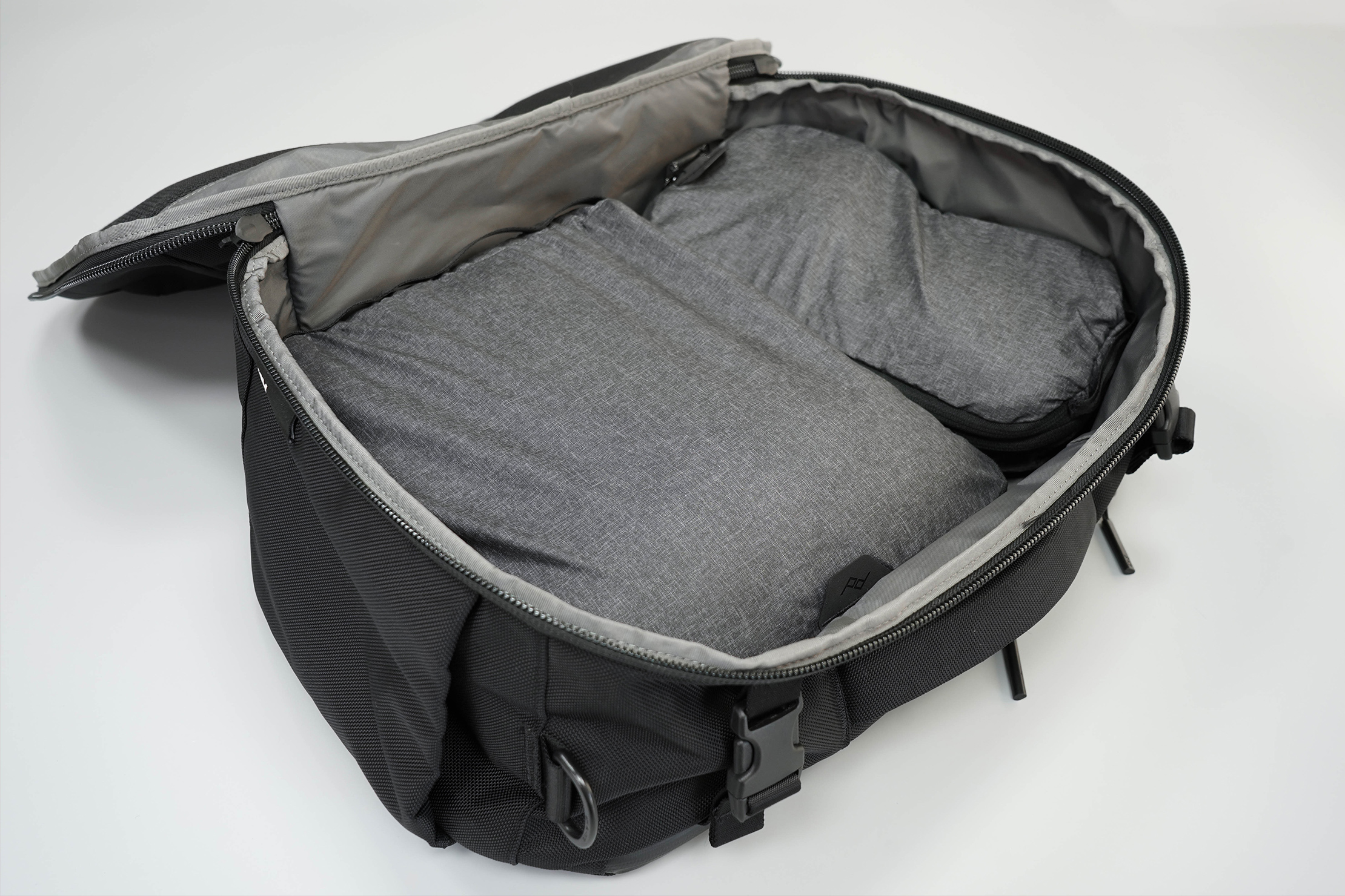 Aer Travel Duffel Main Compartment