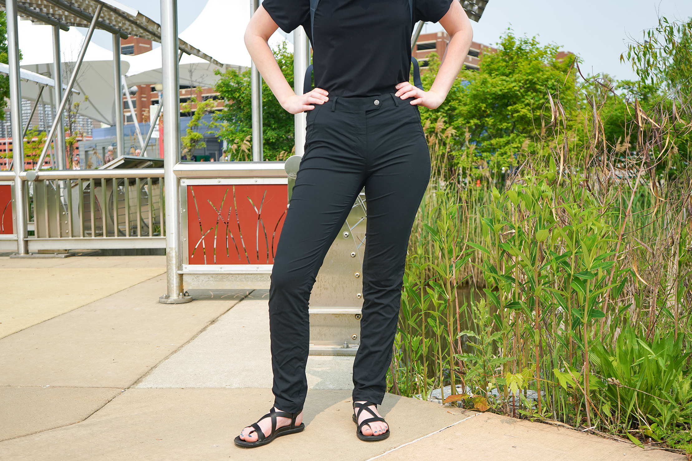 Anatomie Techno Chino Mid Rise Pant In Detroit