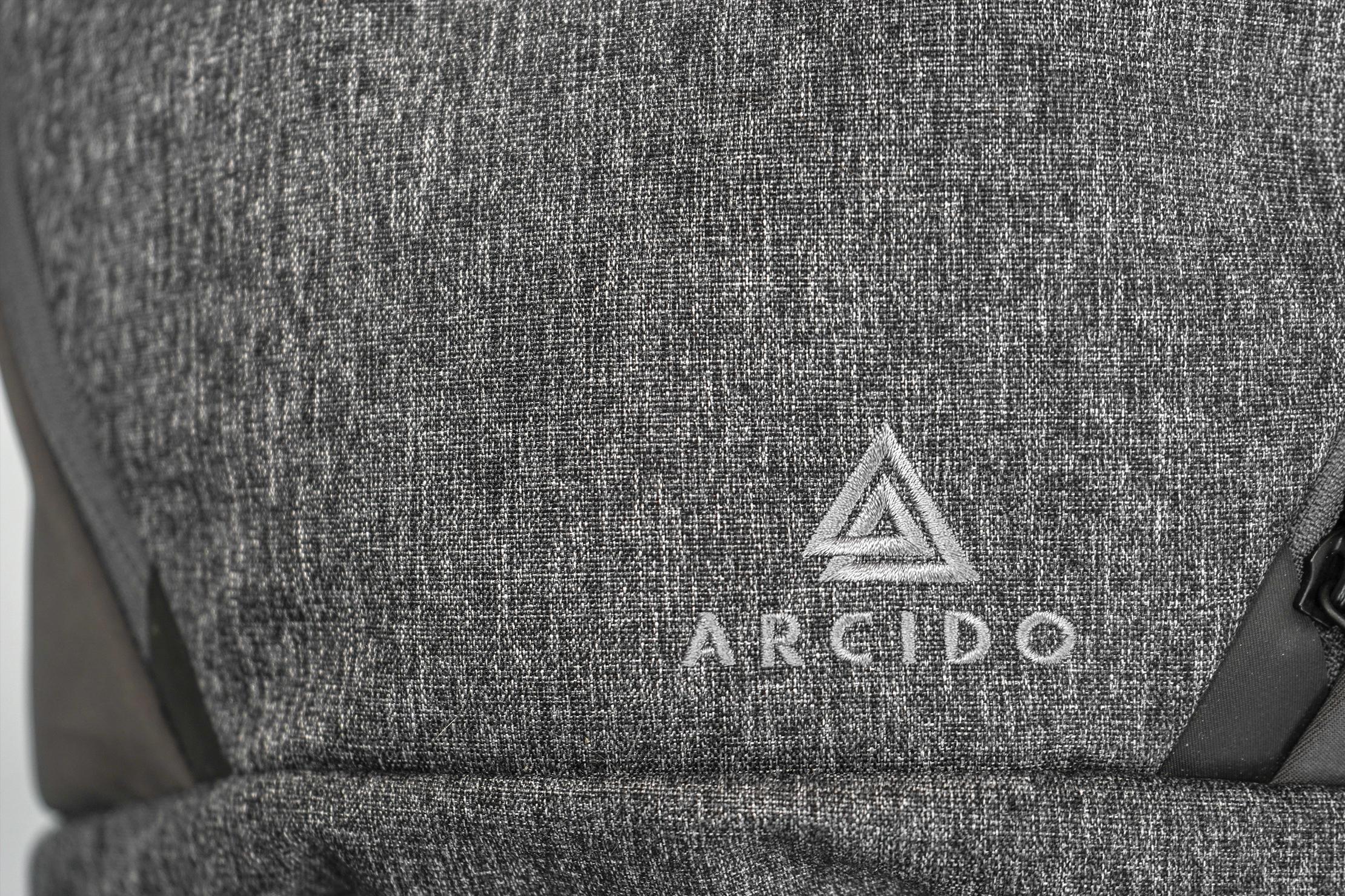 Arcido Vaga Front Logo