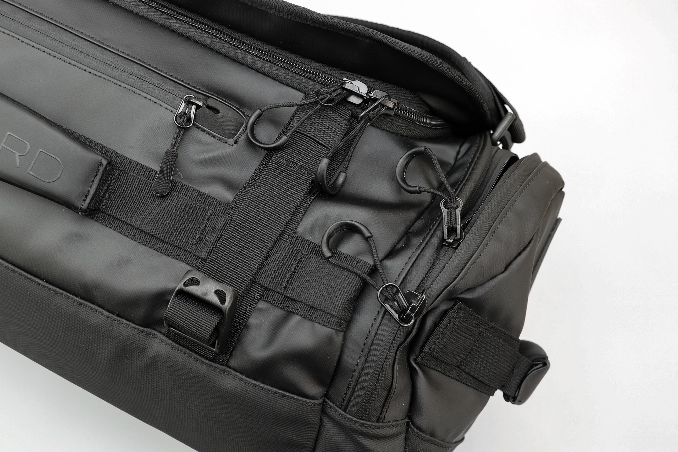 WANDRD HEXAD Carryall Duffel Zippers