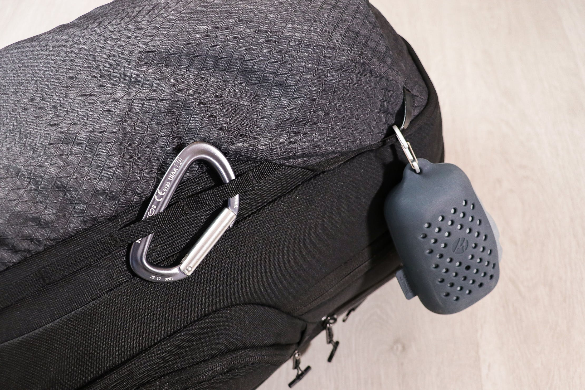 Eagle Creek Wayfinder Backpack 40L Attachment Points