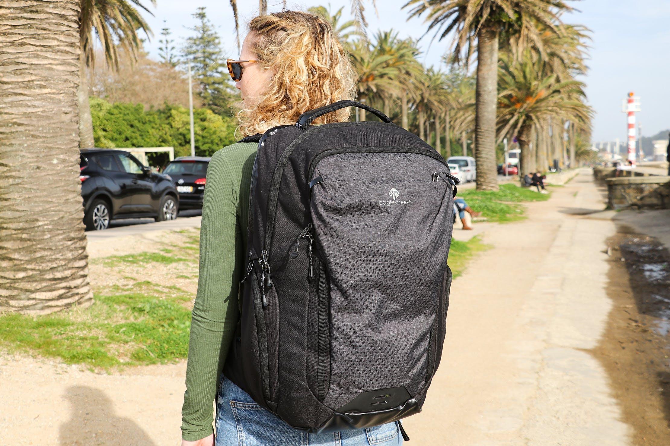 Eagle Creek Wayfinder Backpack 40L Branding