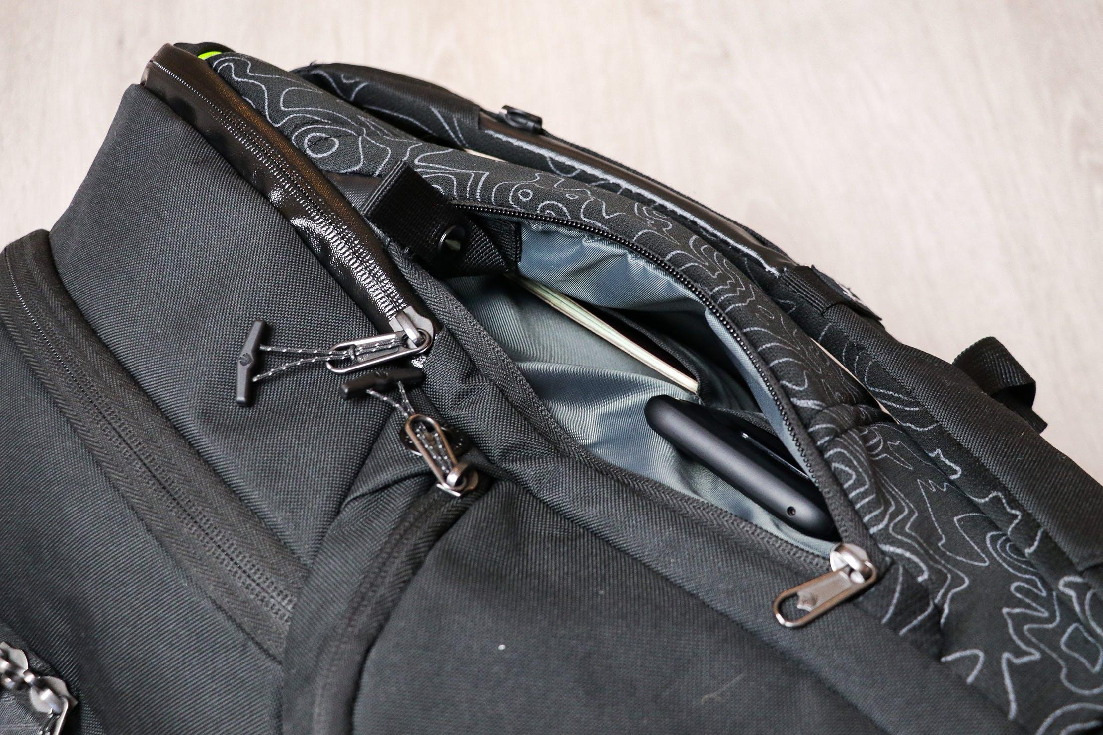 Eagle Creek Wayfinder Backpack 40L Hidden Tech Pouch