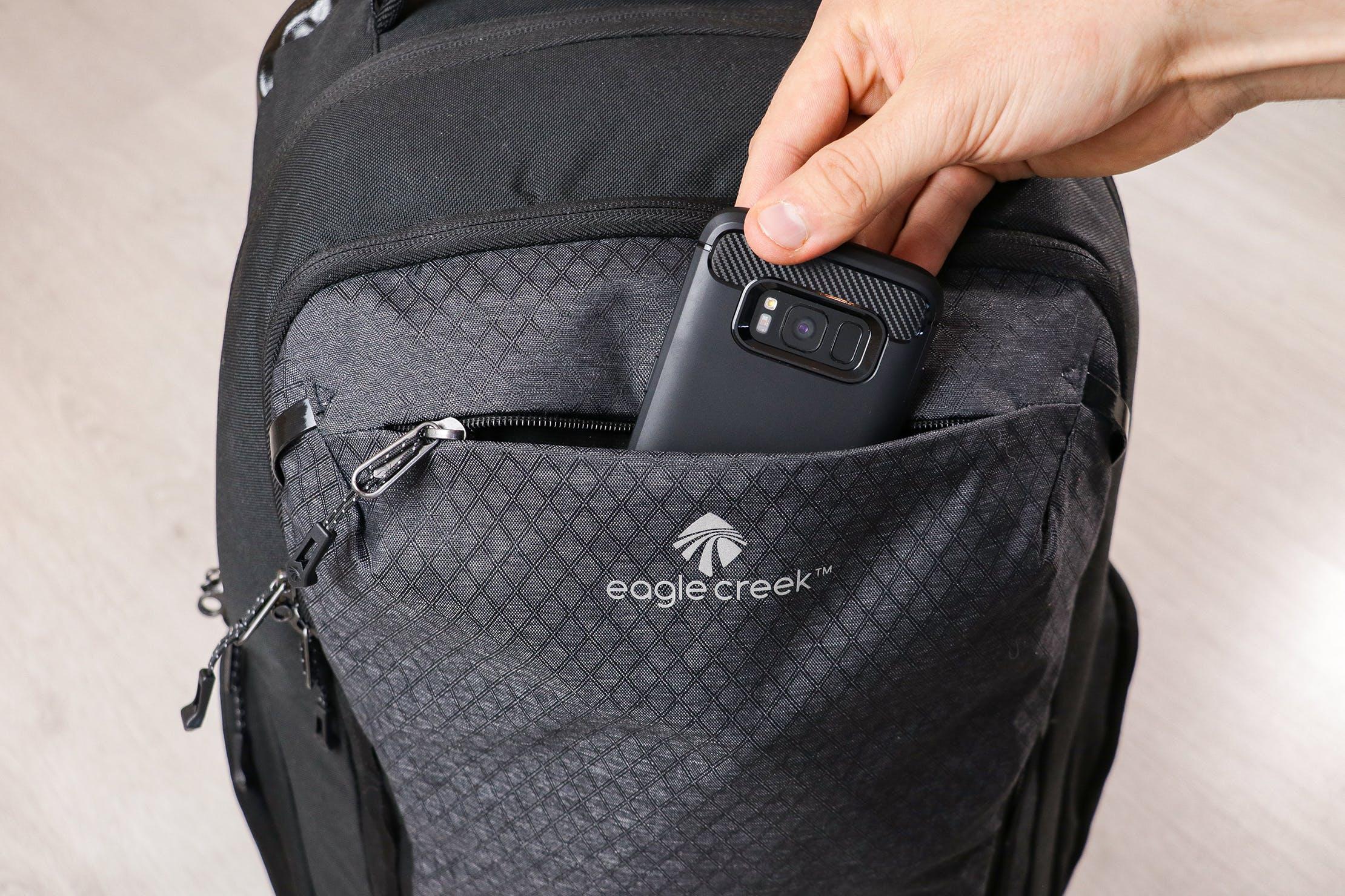 Eagle Creek Wayfinder Backpack 40L Quick-Grab Pocket