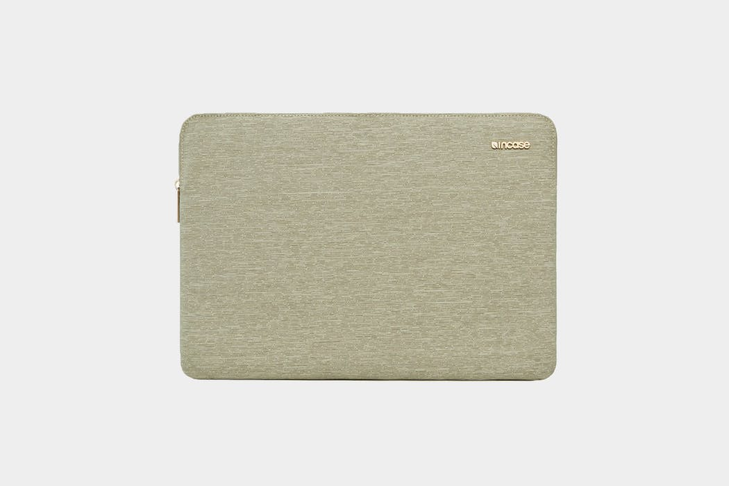Incase Ecoya Line Laptop Sleeve