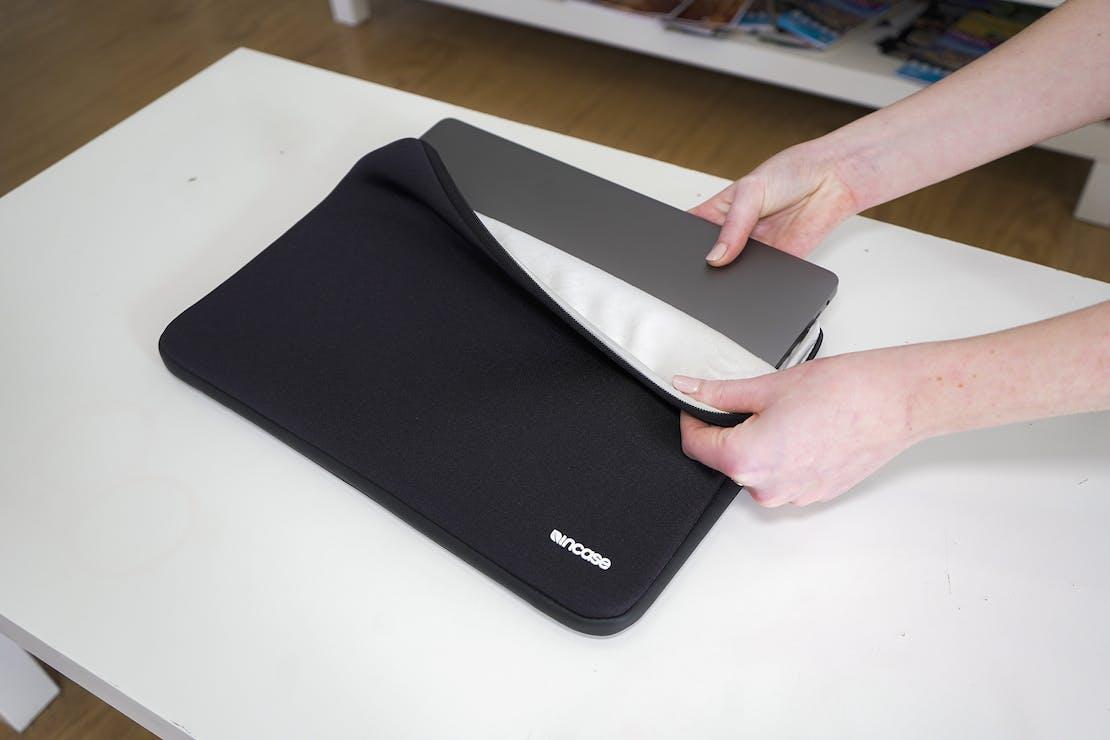 Incase Classic MacBook Pro Sleeve